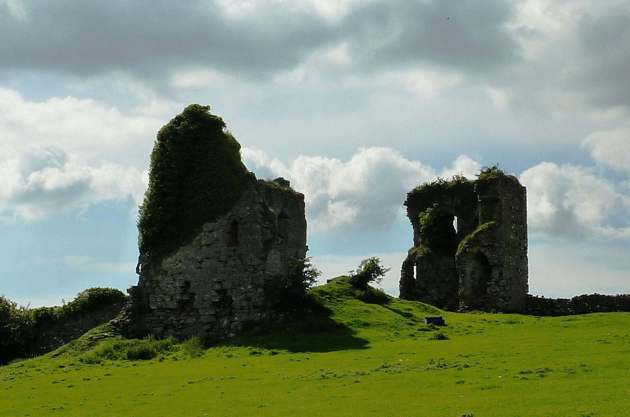 Scales Castle by cheryl.ferrarkirkham