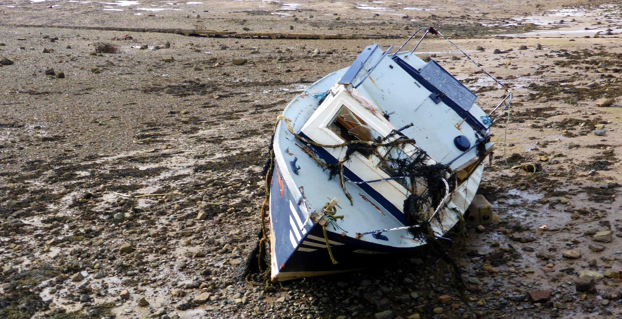Photo in Sea and Sand #boat #wreck #sea #channel