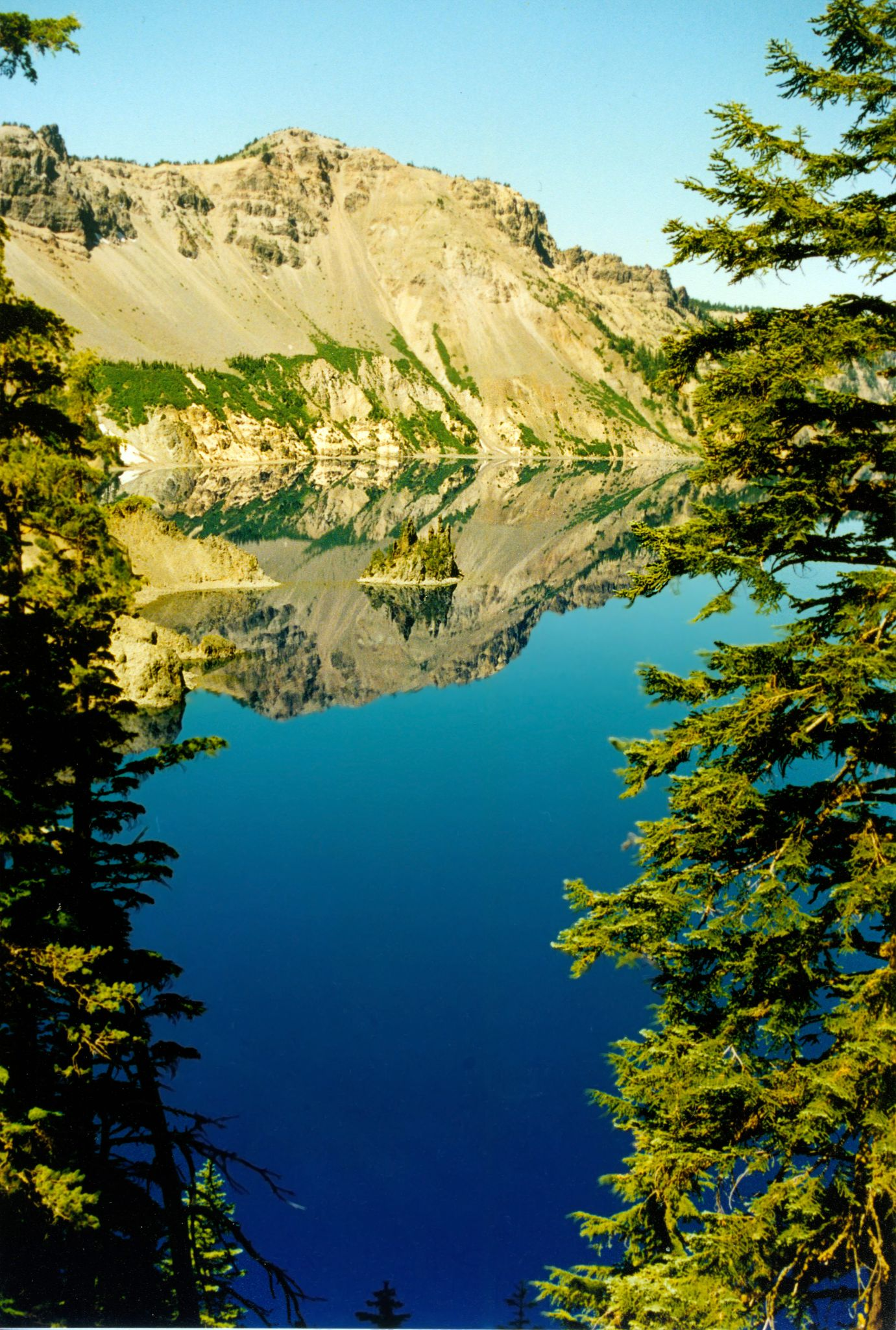 Crater Lake National Park by BadgerBob