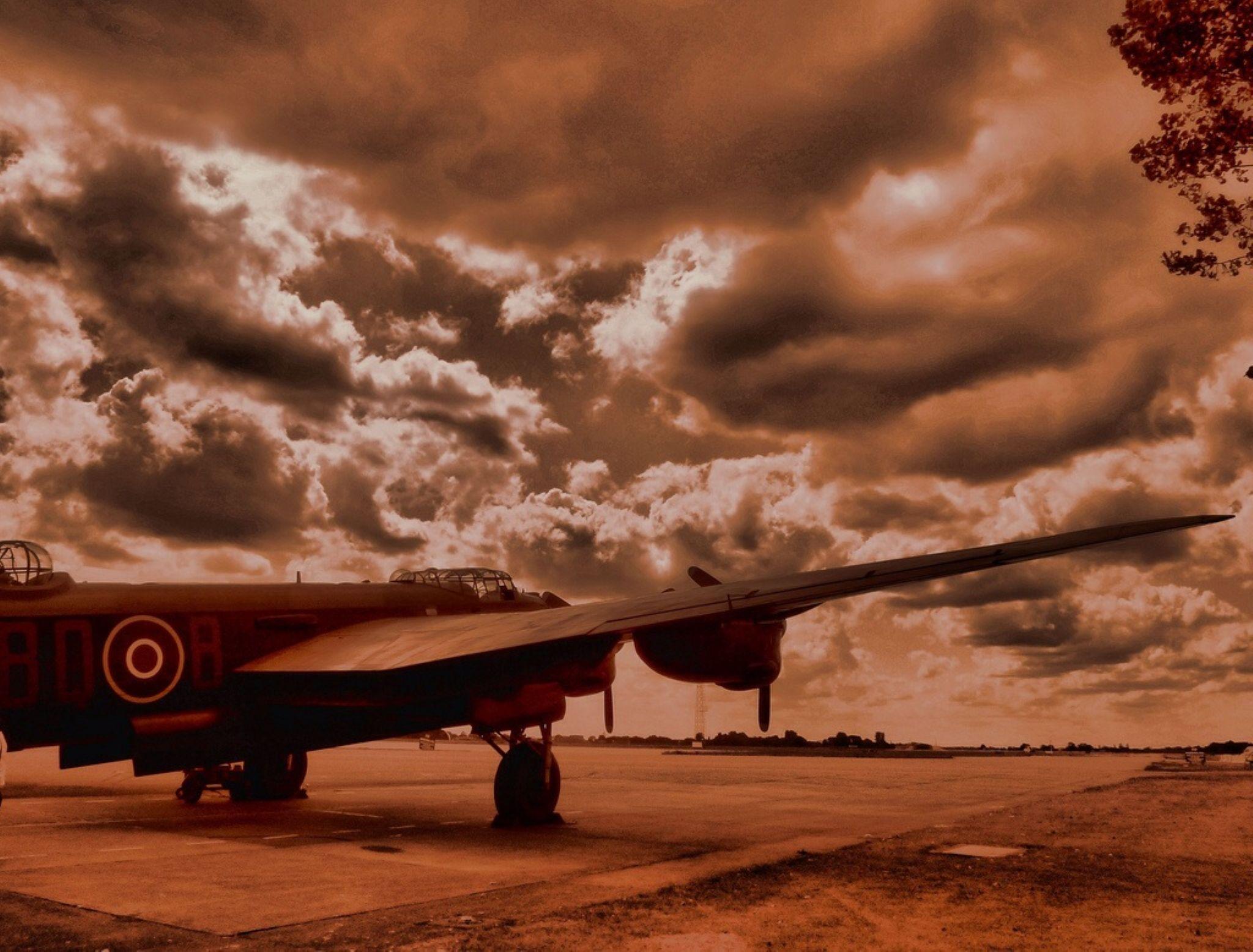 Battle of Britain Flight, Lancaster Bomber.RAF Coningsby. by john.bradburn