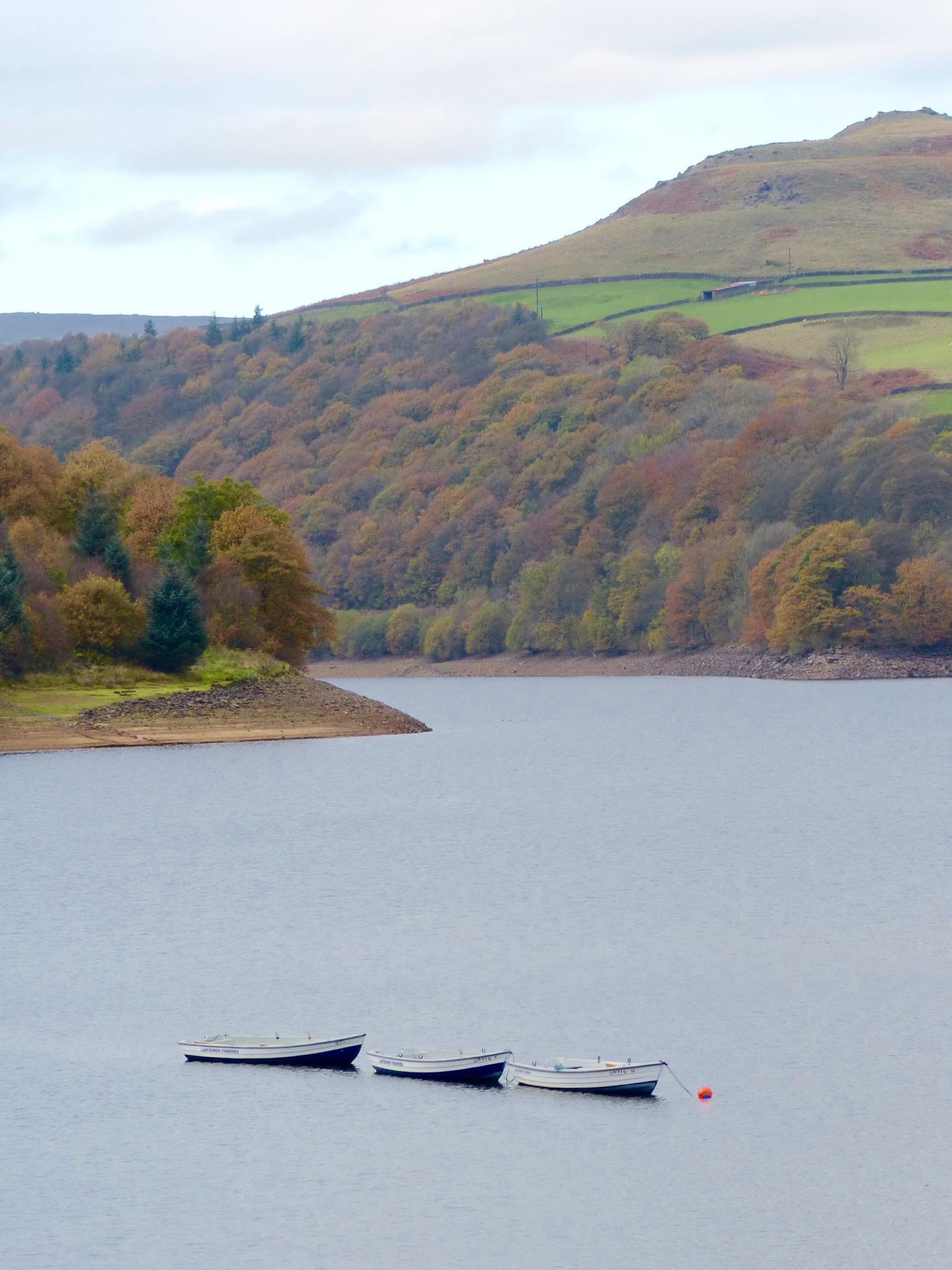 Ladybower Reservoir by john.bradburn