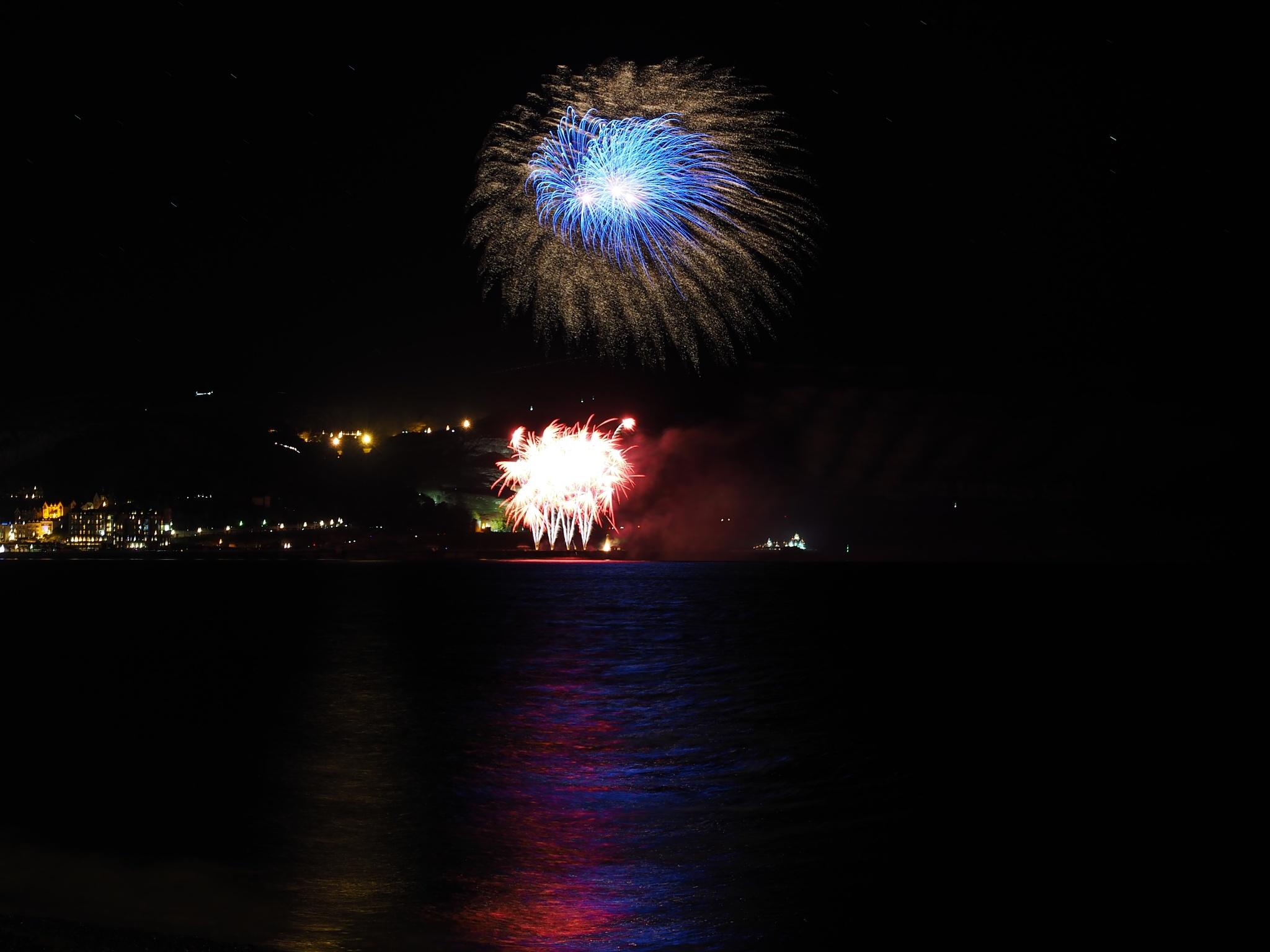 Llandudno Pier Fireworks. by john.bradburn