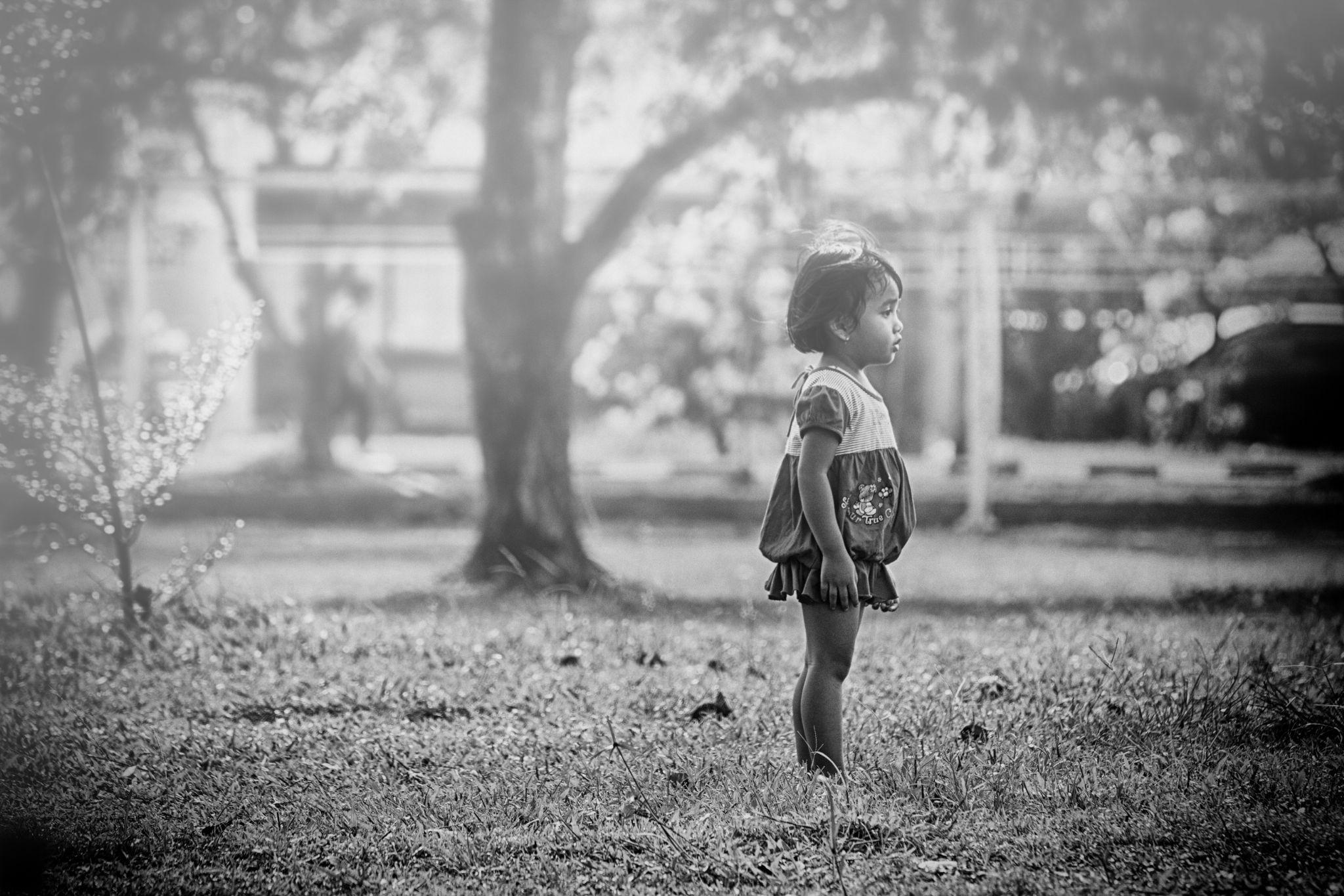 Alone by WAHYU