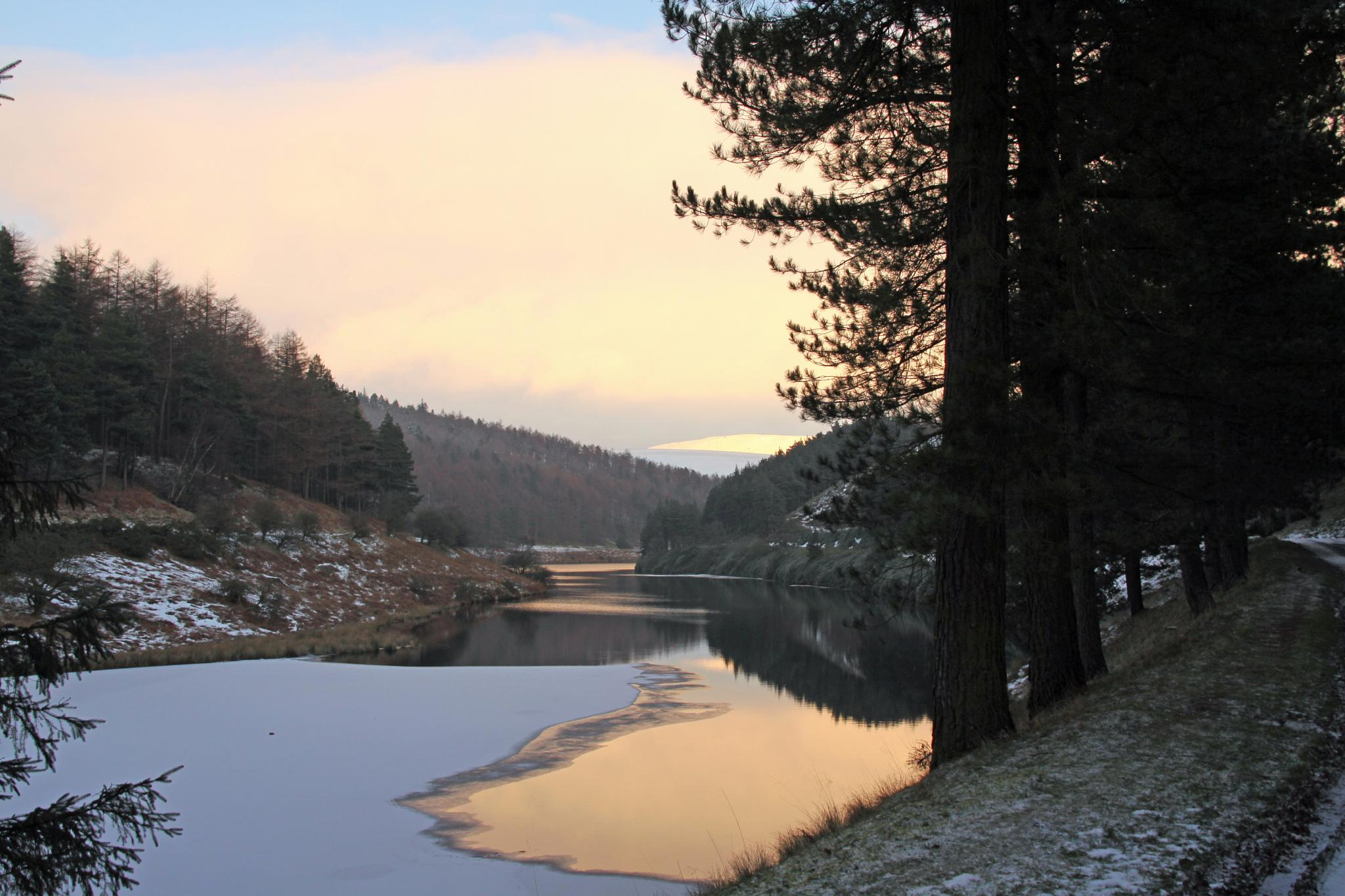 Howden in Winter by Gerry Beever