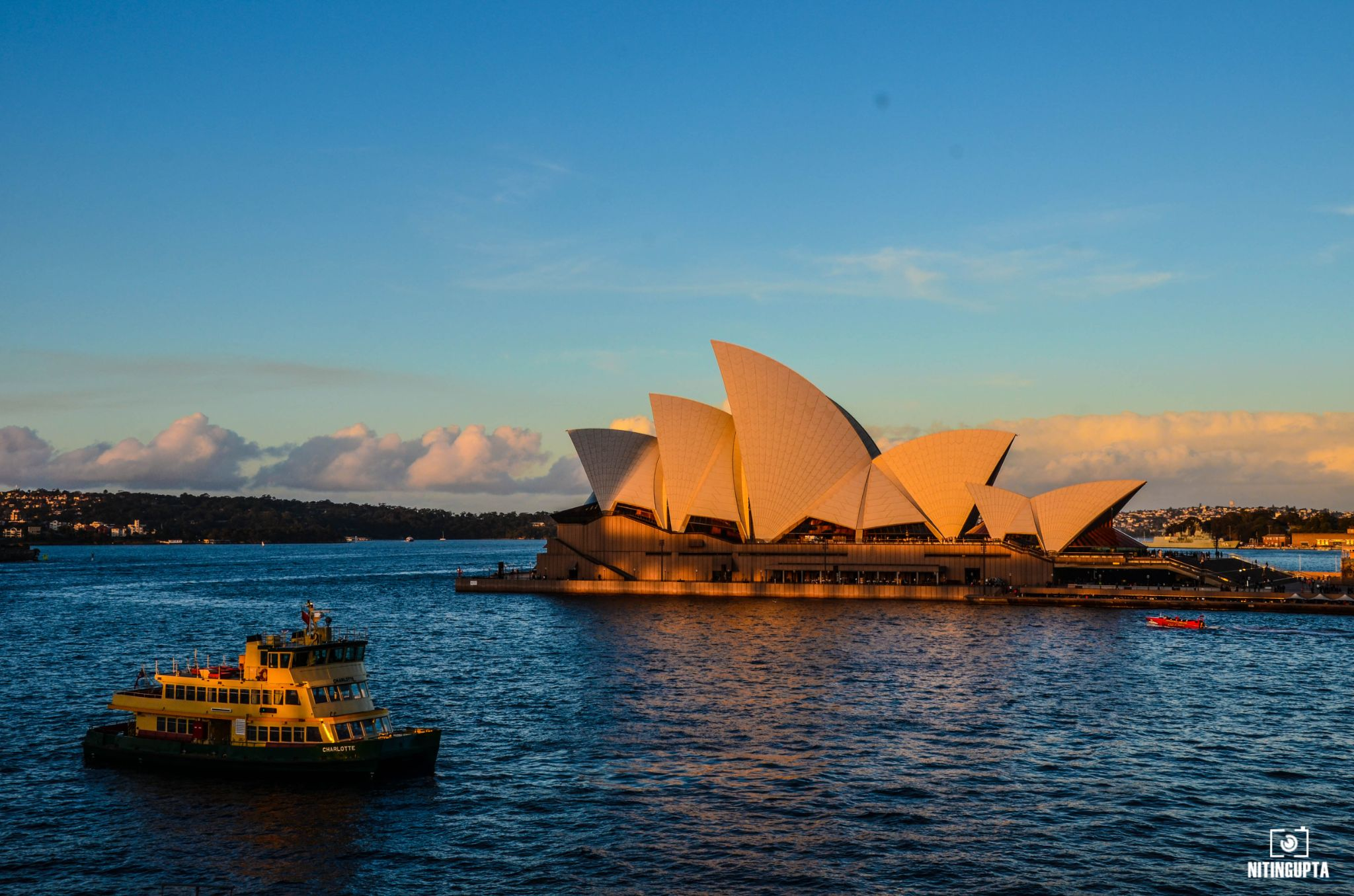 Opera House by NitinG