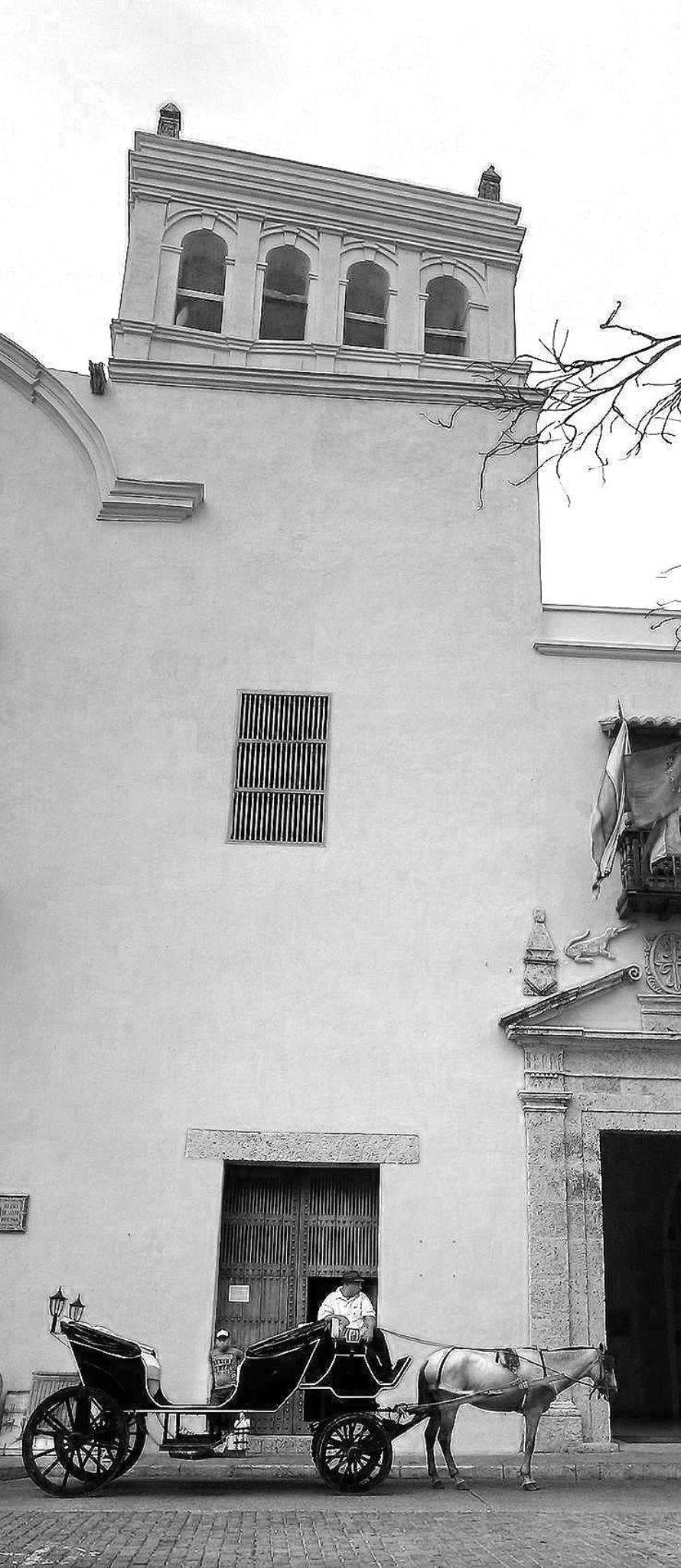 Twisted tower by Edgar Serna