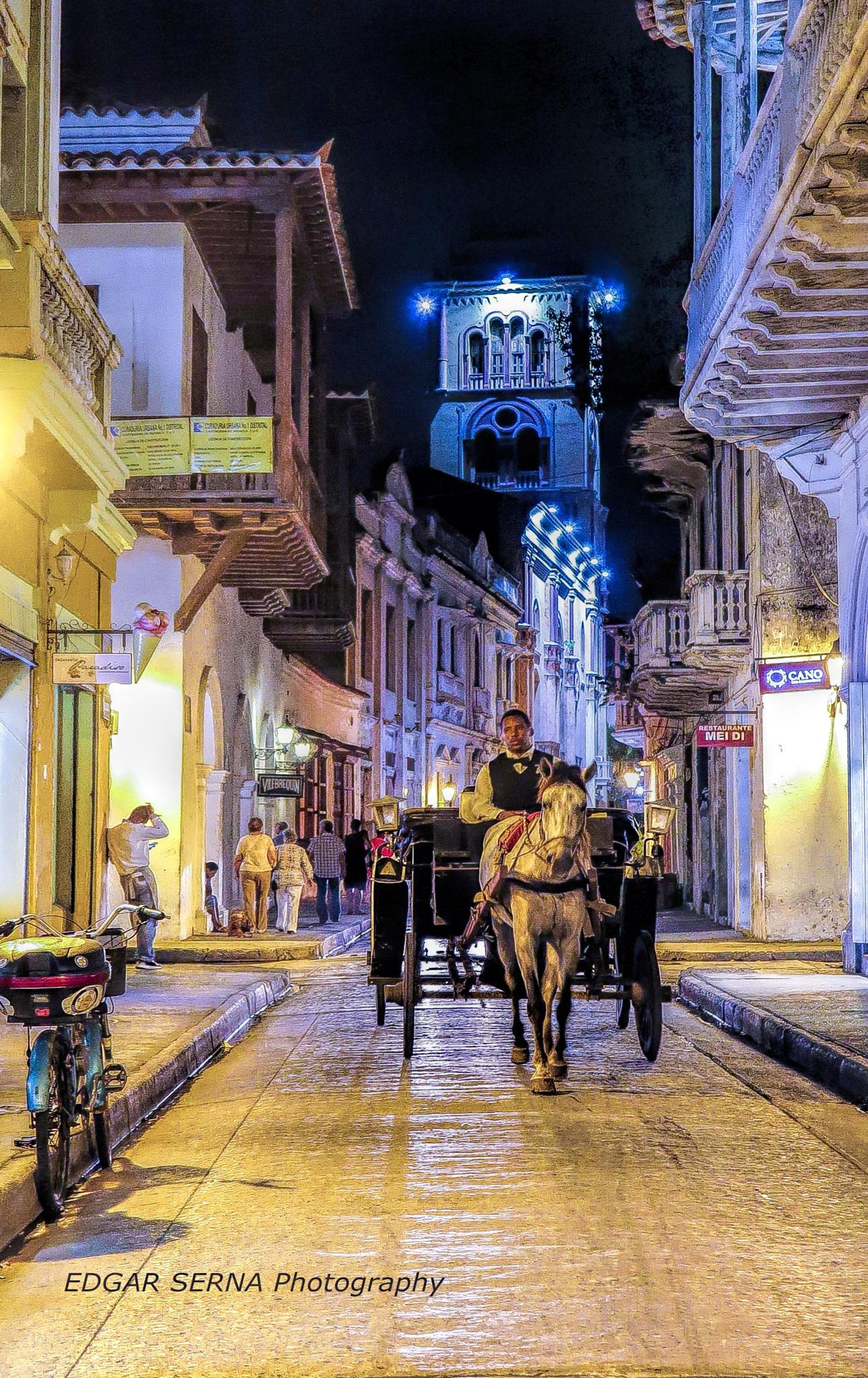 Cartagena's street by Edgar Serna