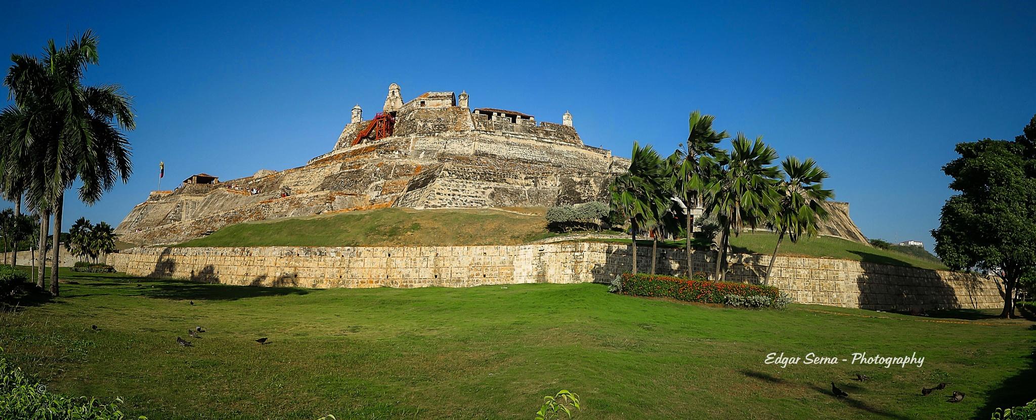 Castillo San Felipe by Edgar Serna