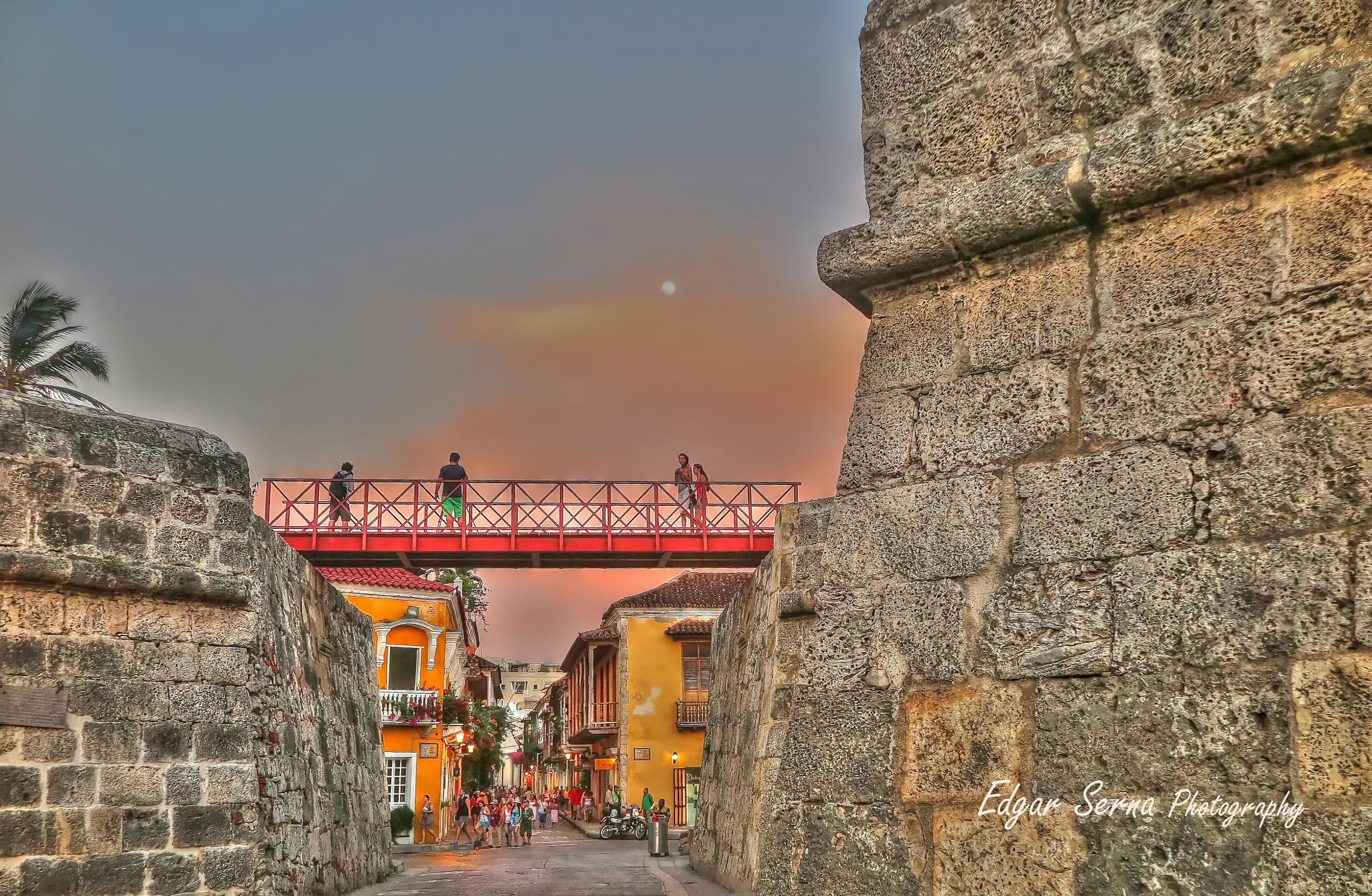 Cartagena, walled city by Edgar Serna