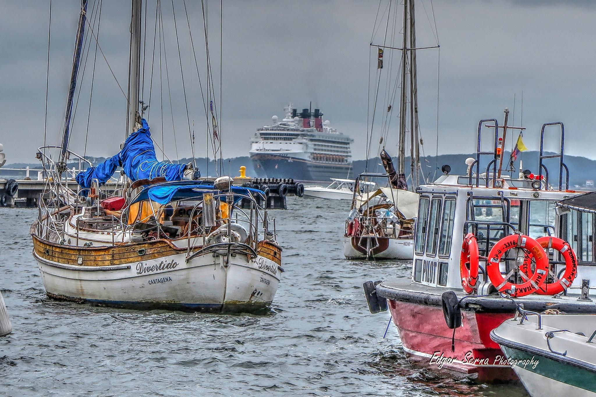 Ships by Edgar Serna