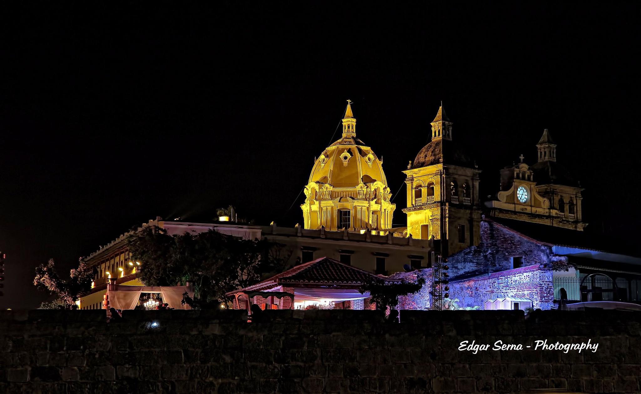 San Pedro Church by Edgar Serna