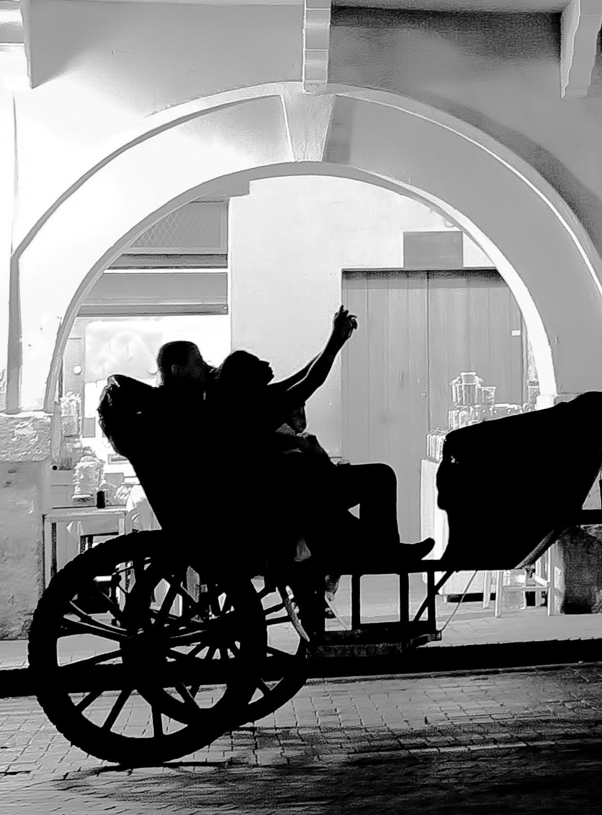Backlighting of selfie on carriage by Edgar Serna