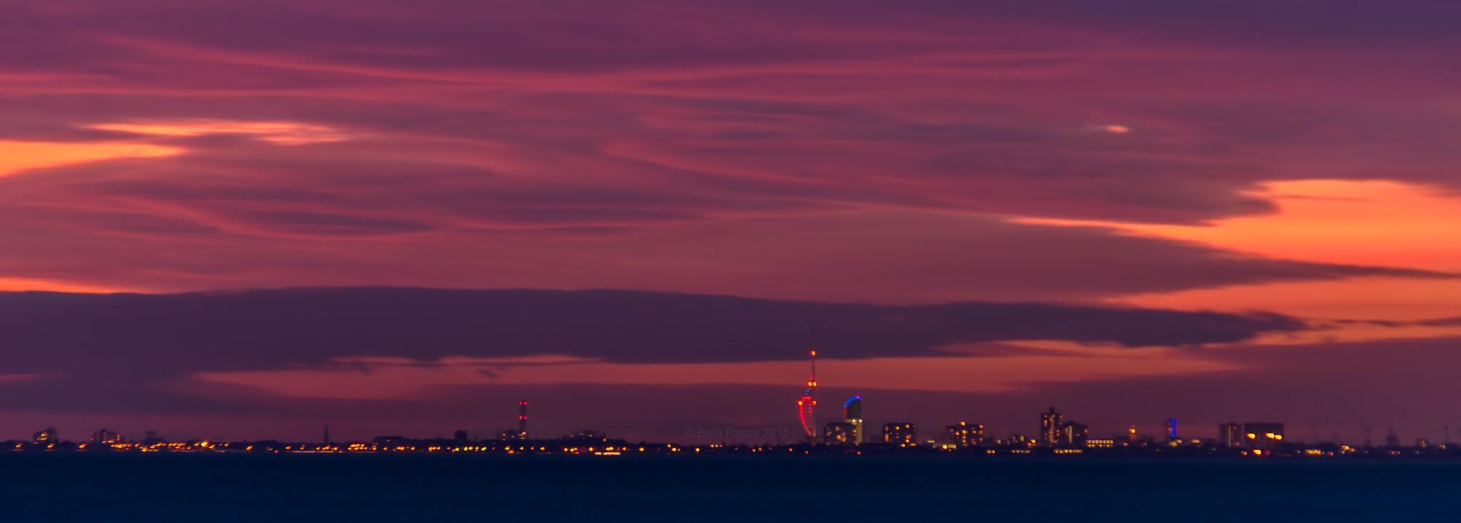 Portsmouth Harbour by BelaPaszti