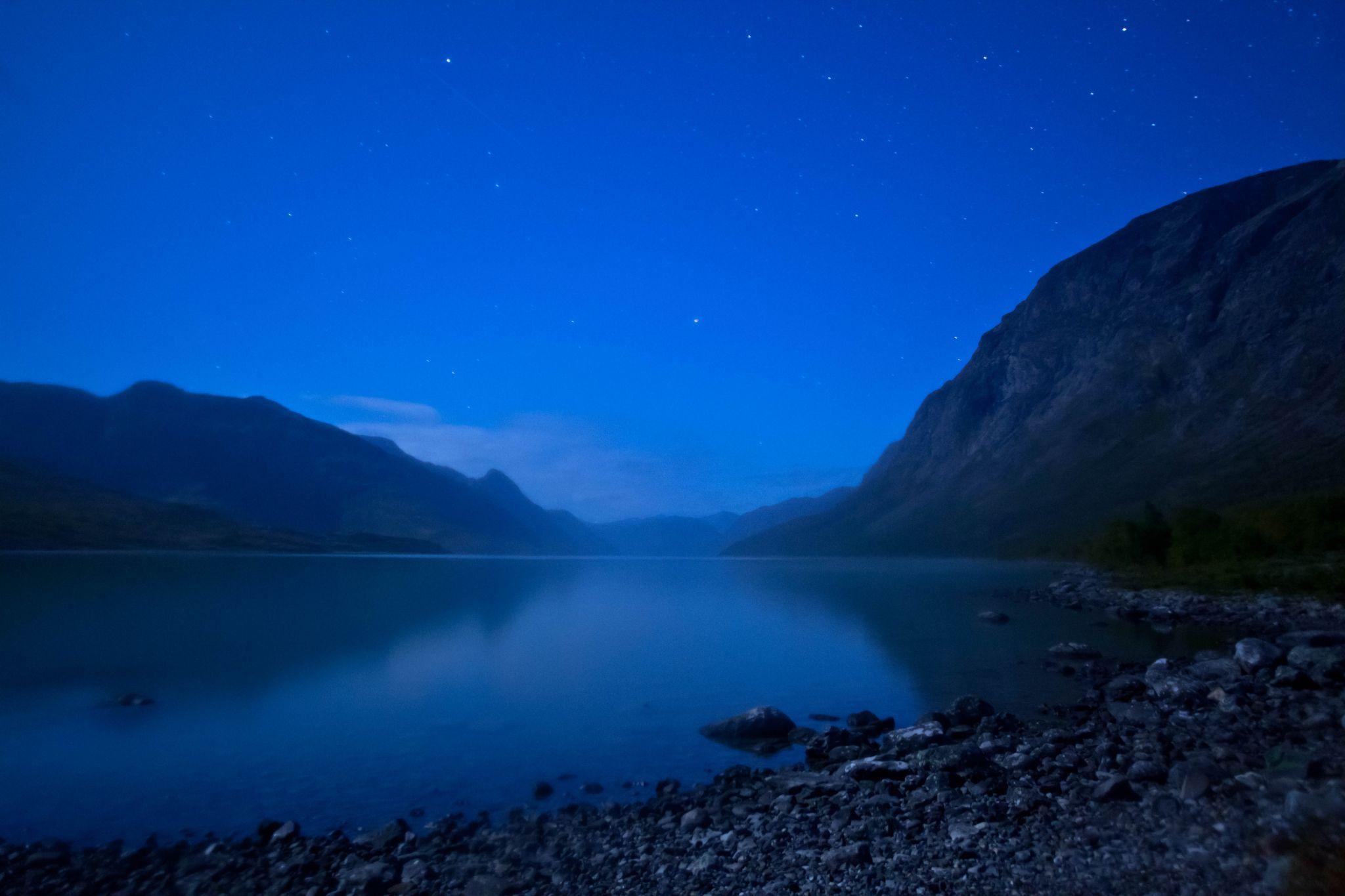 Starlight by Benjamin Zocholl