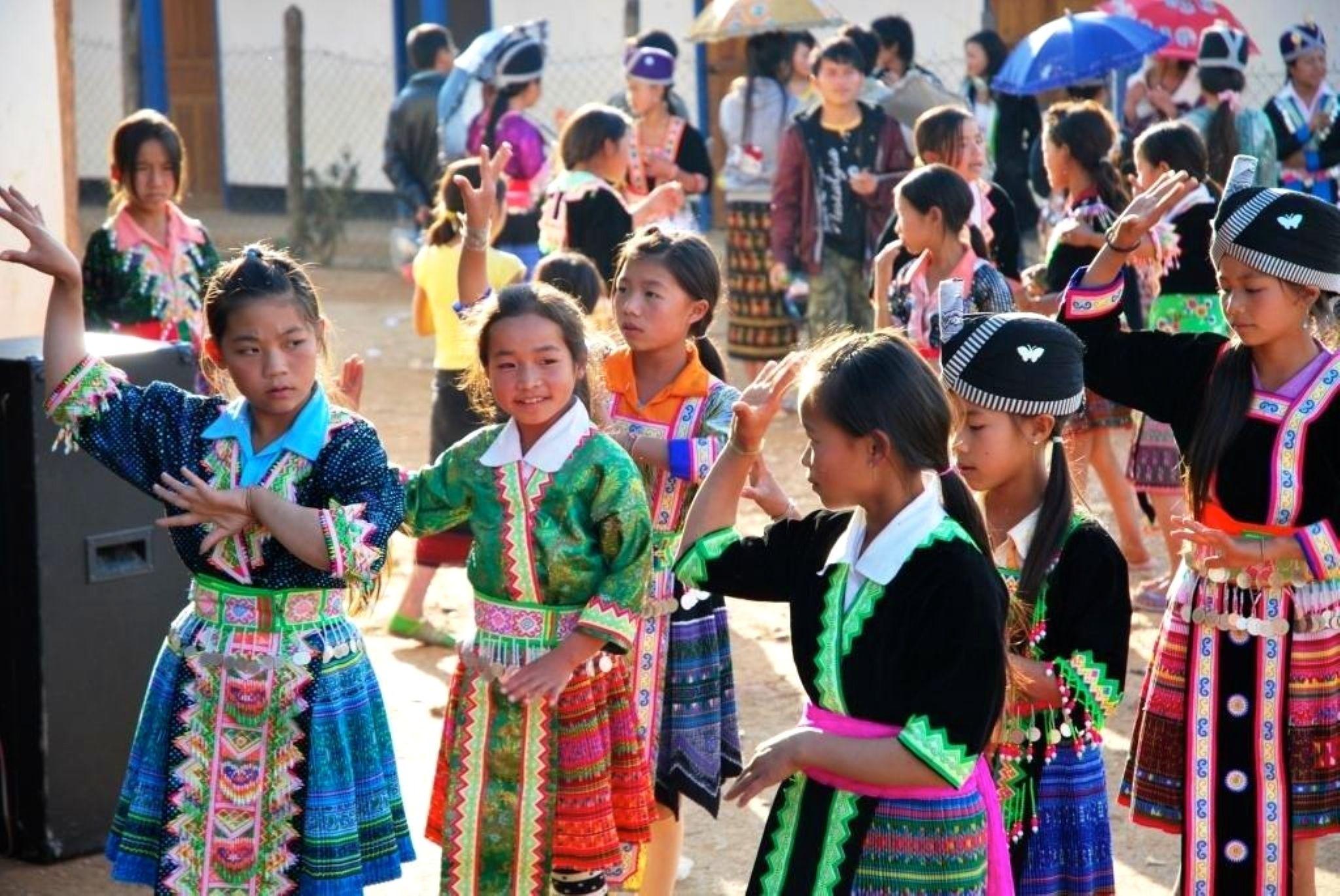 Laos by frankska63