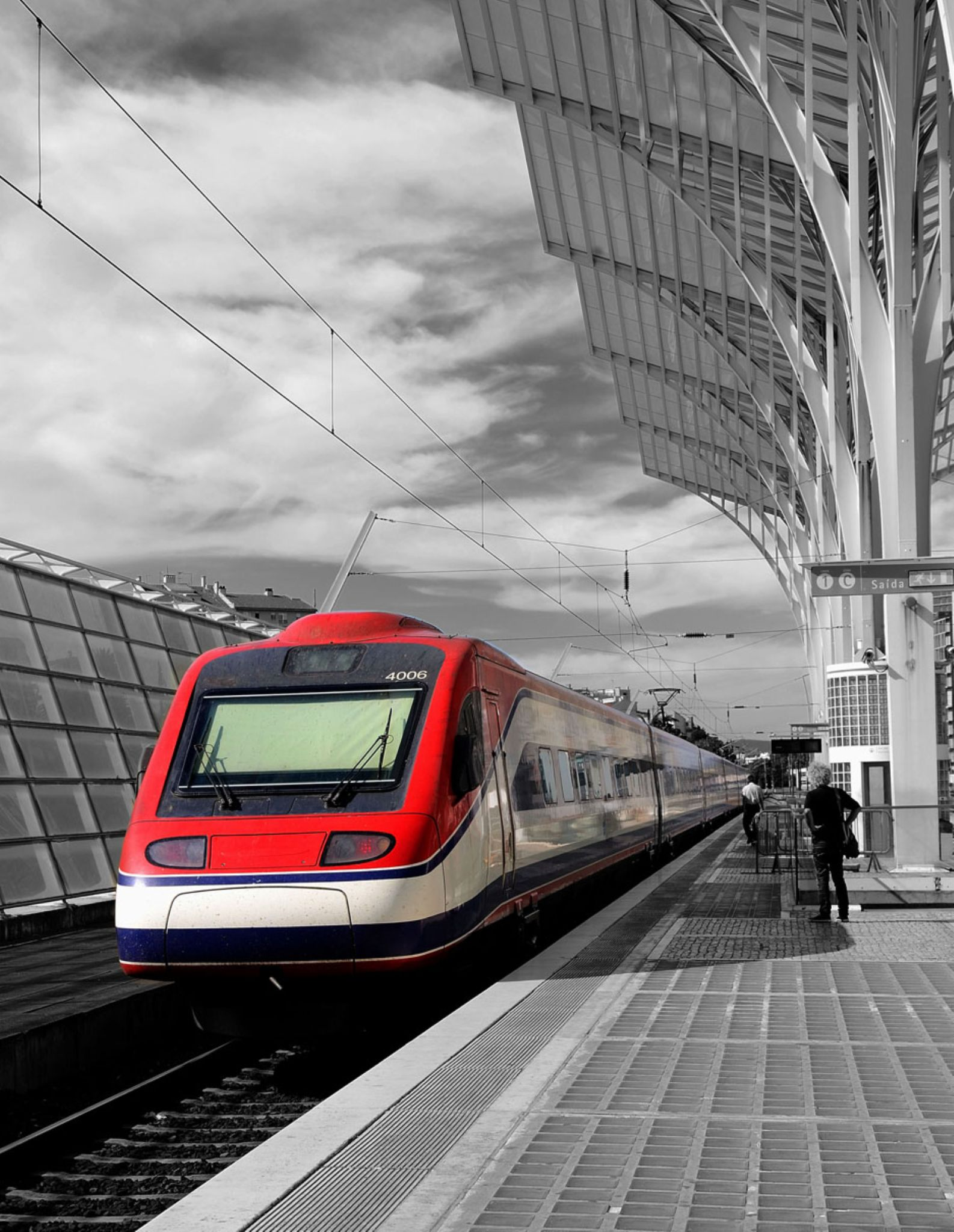 Comboio na Gare by carlosfiuzar