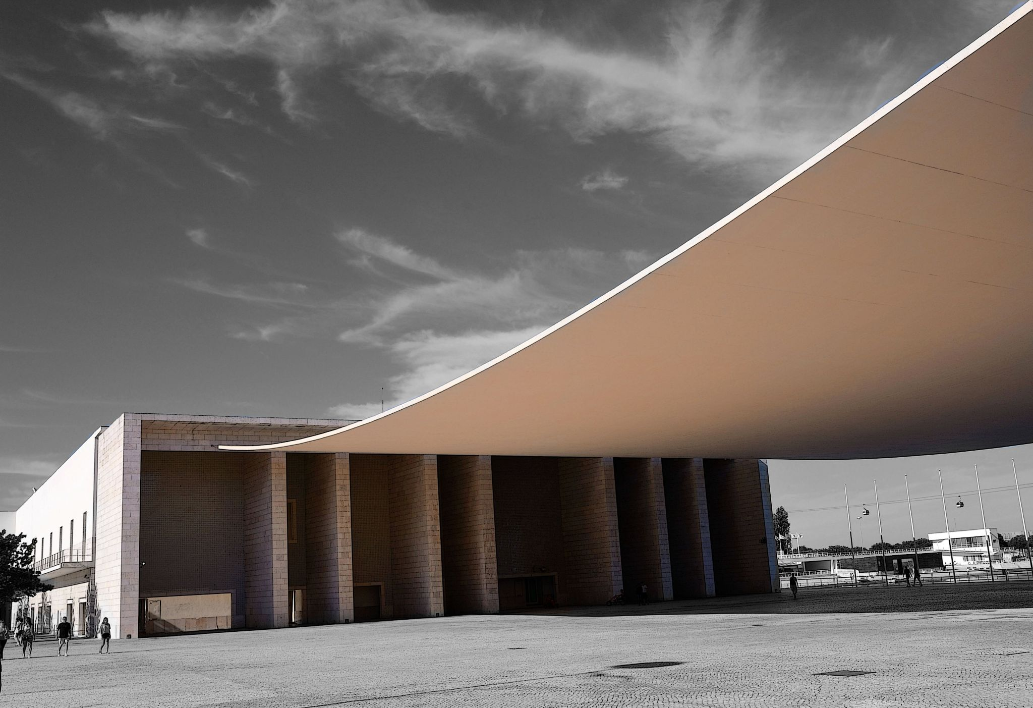 Pala do Pavilhão de Portugal by carlosfiuzar