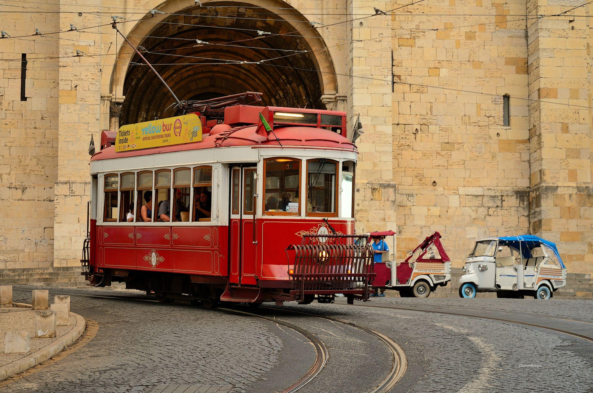Carreira 28 Lisboa by carlosfiuzar