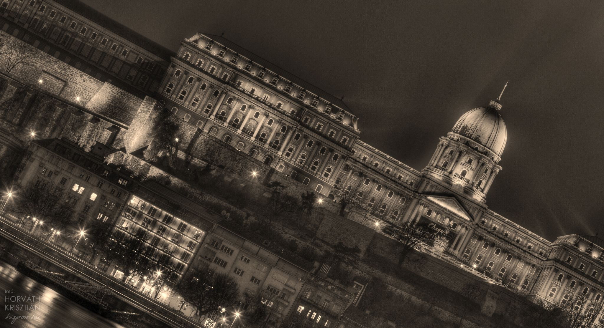 Buda Castle by hispan