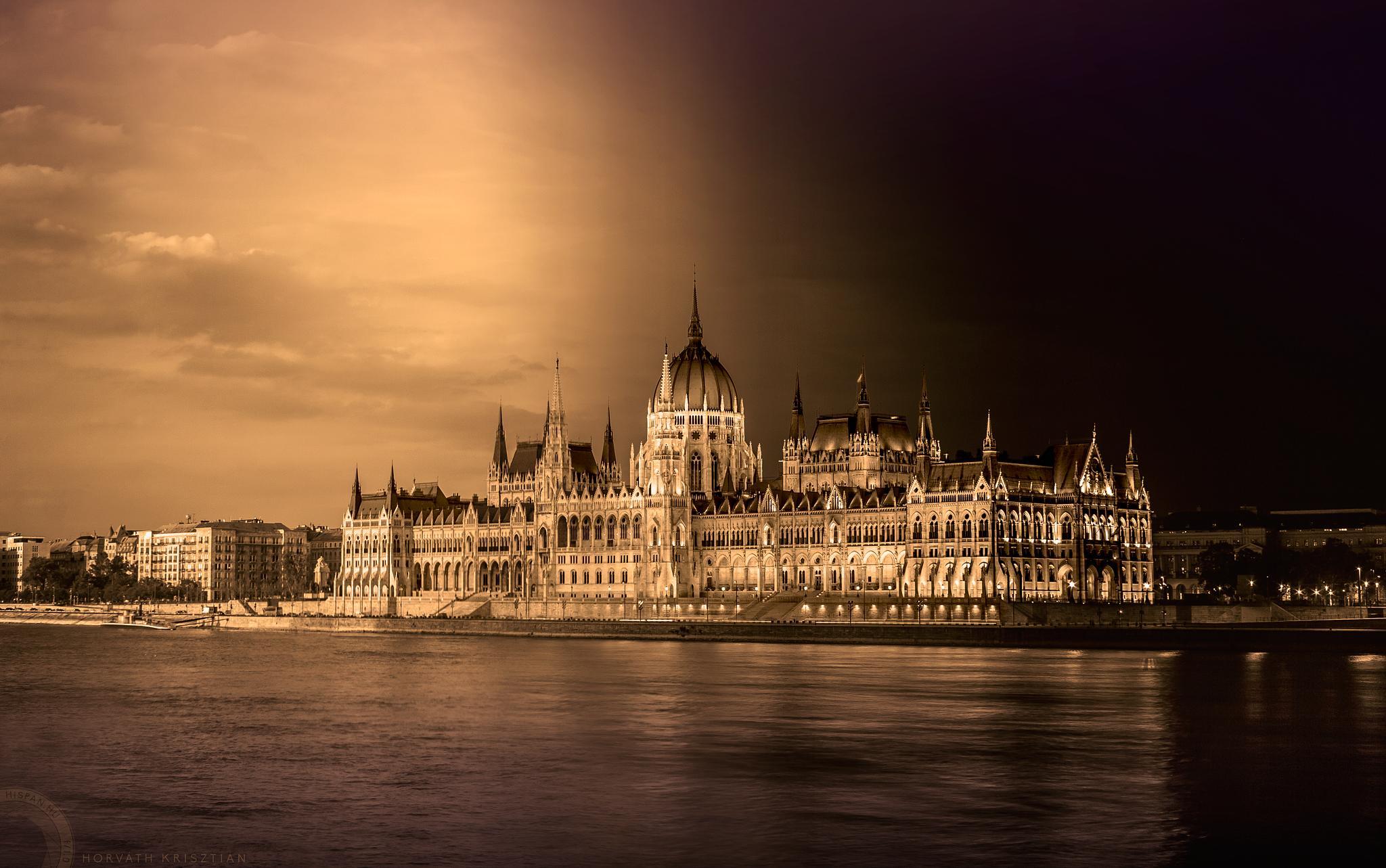 Parlament inverz by hispan