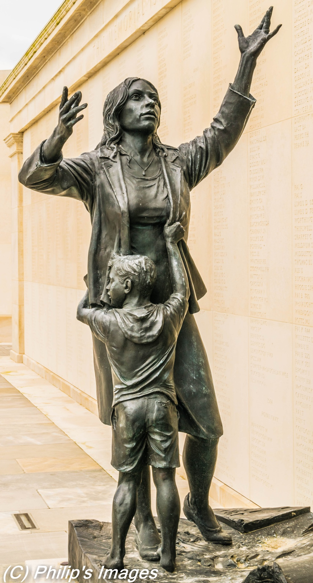Mother and child sculpture by philips images
