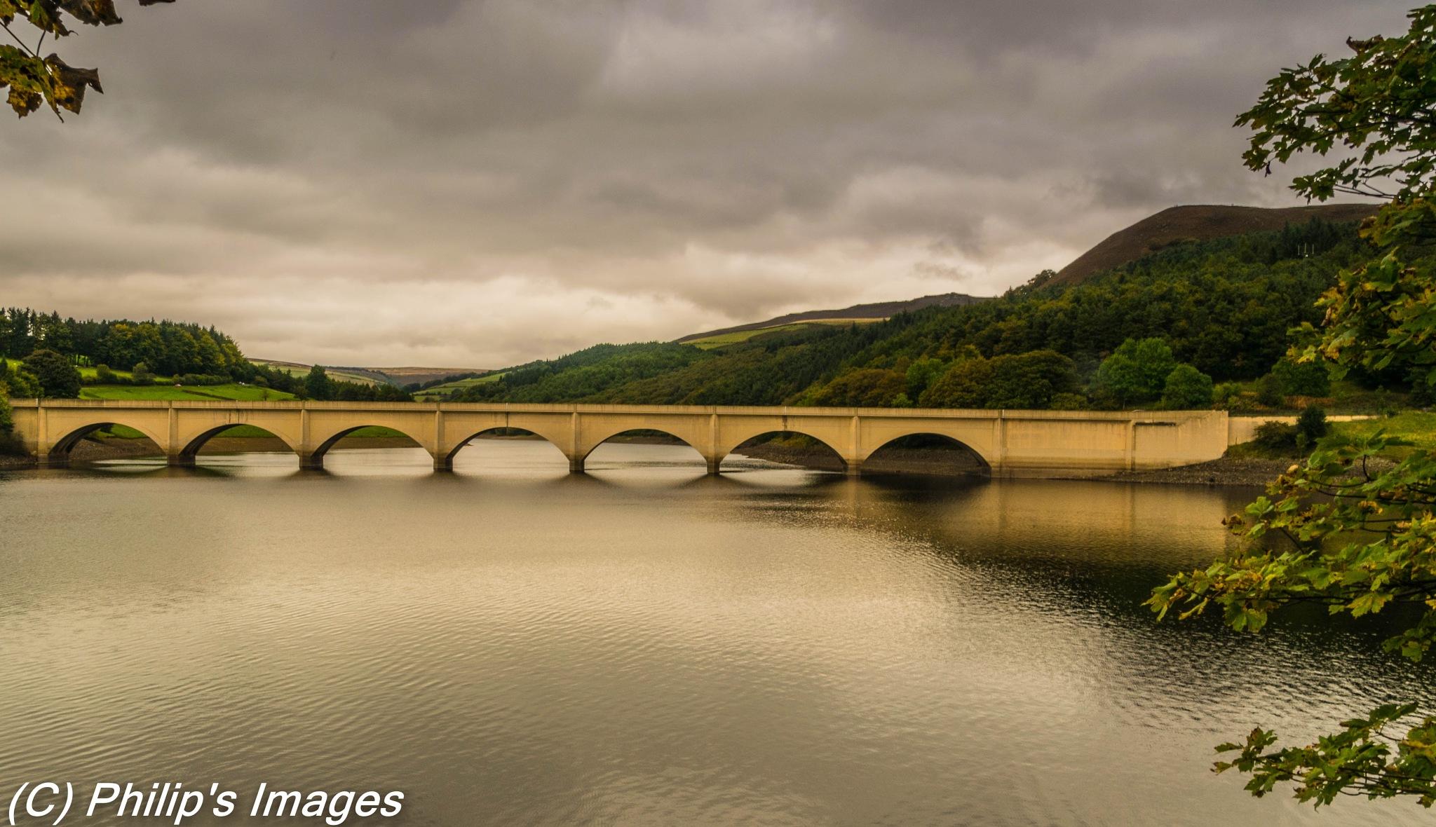 Ashopton Bridge by philips images