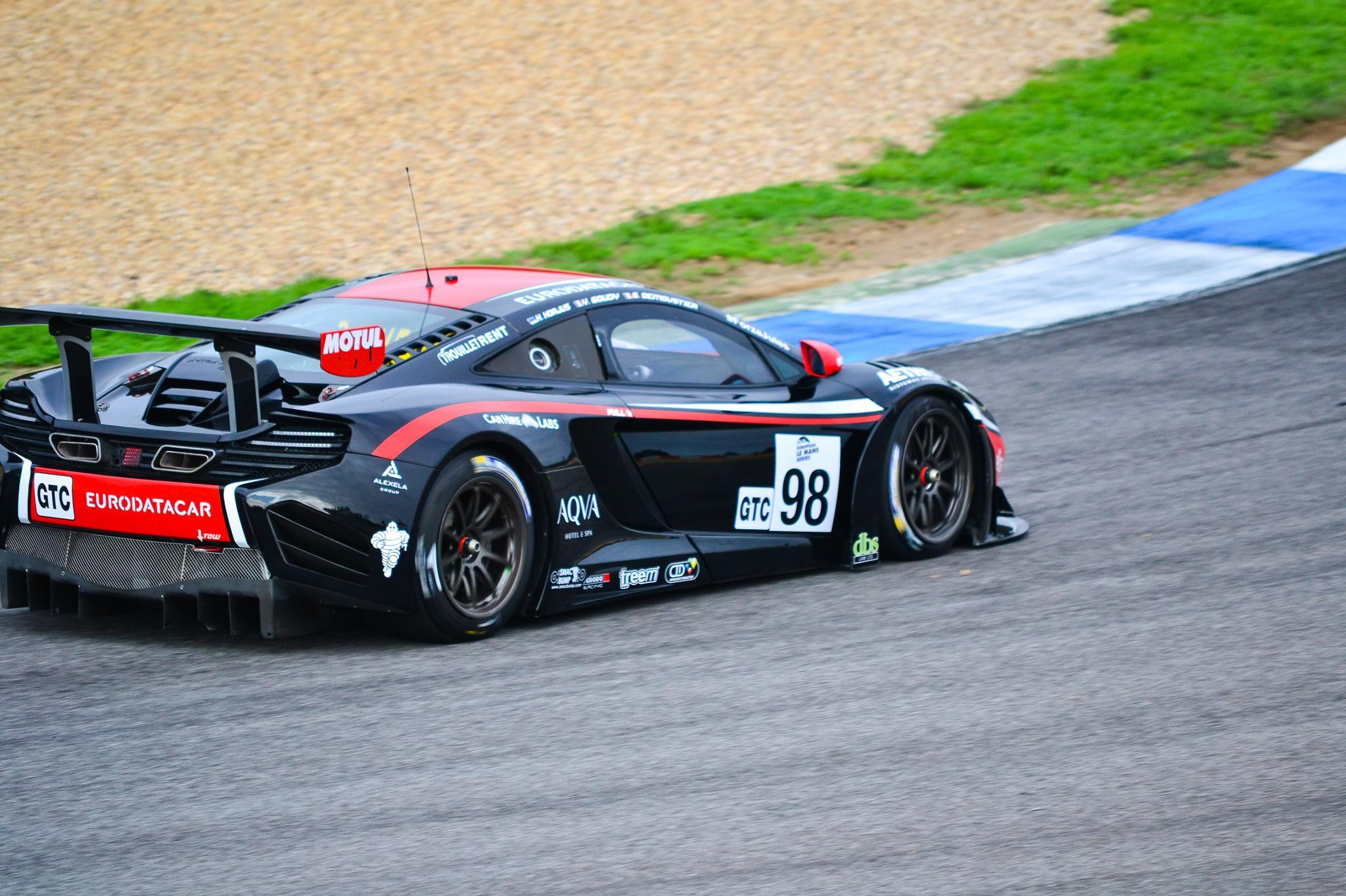 Mclaren GT racing car by José Pedro Borges
