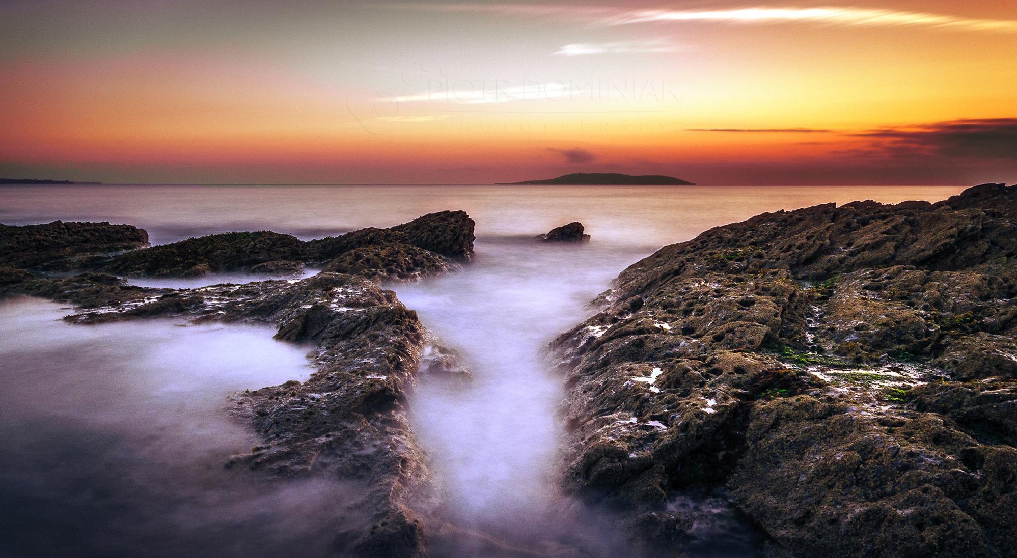 Good morning on the rocks. by Piotr Dominiak