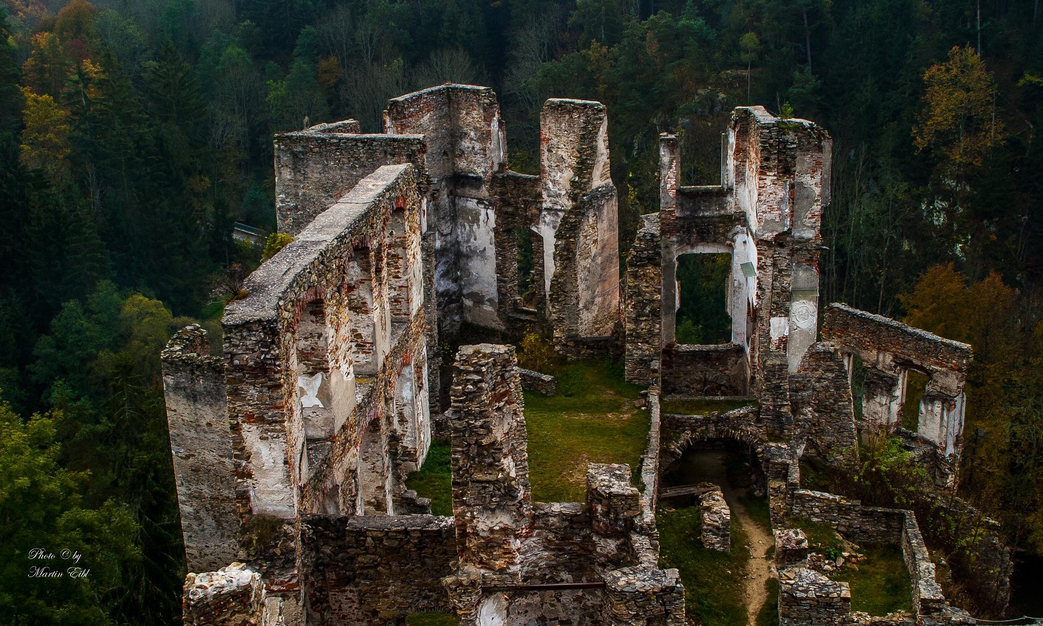 Ruine Kollmnitz  by Martin