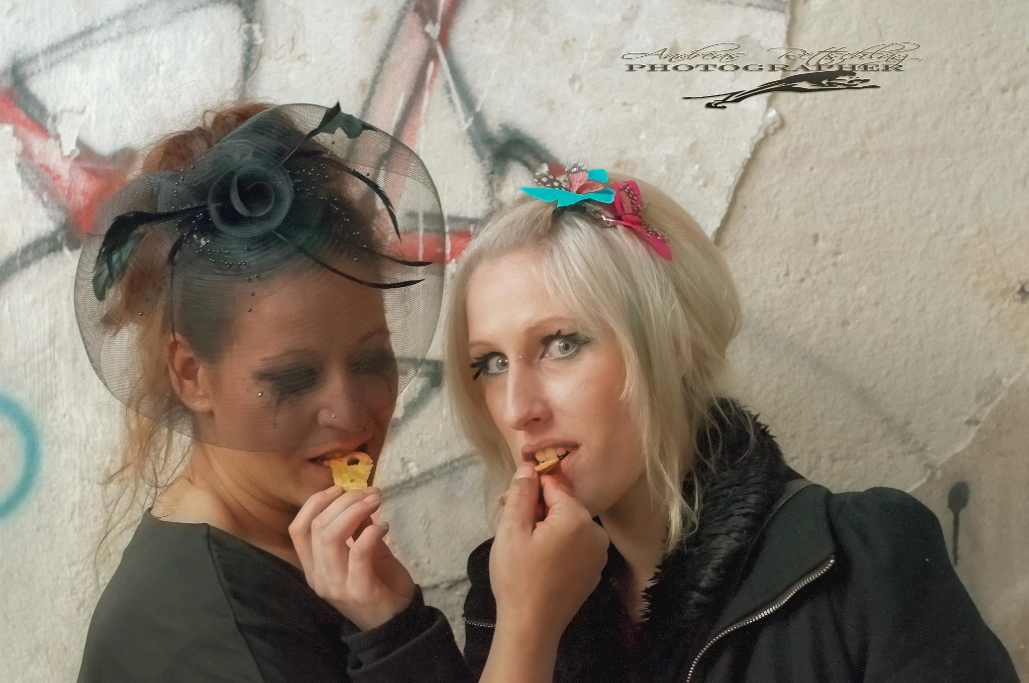 Model Doreen and Visa Mandy by Andreas Rettschlag