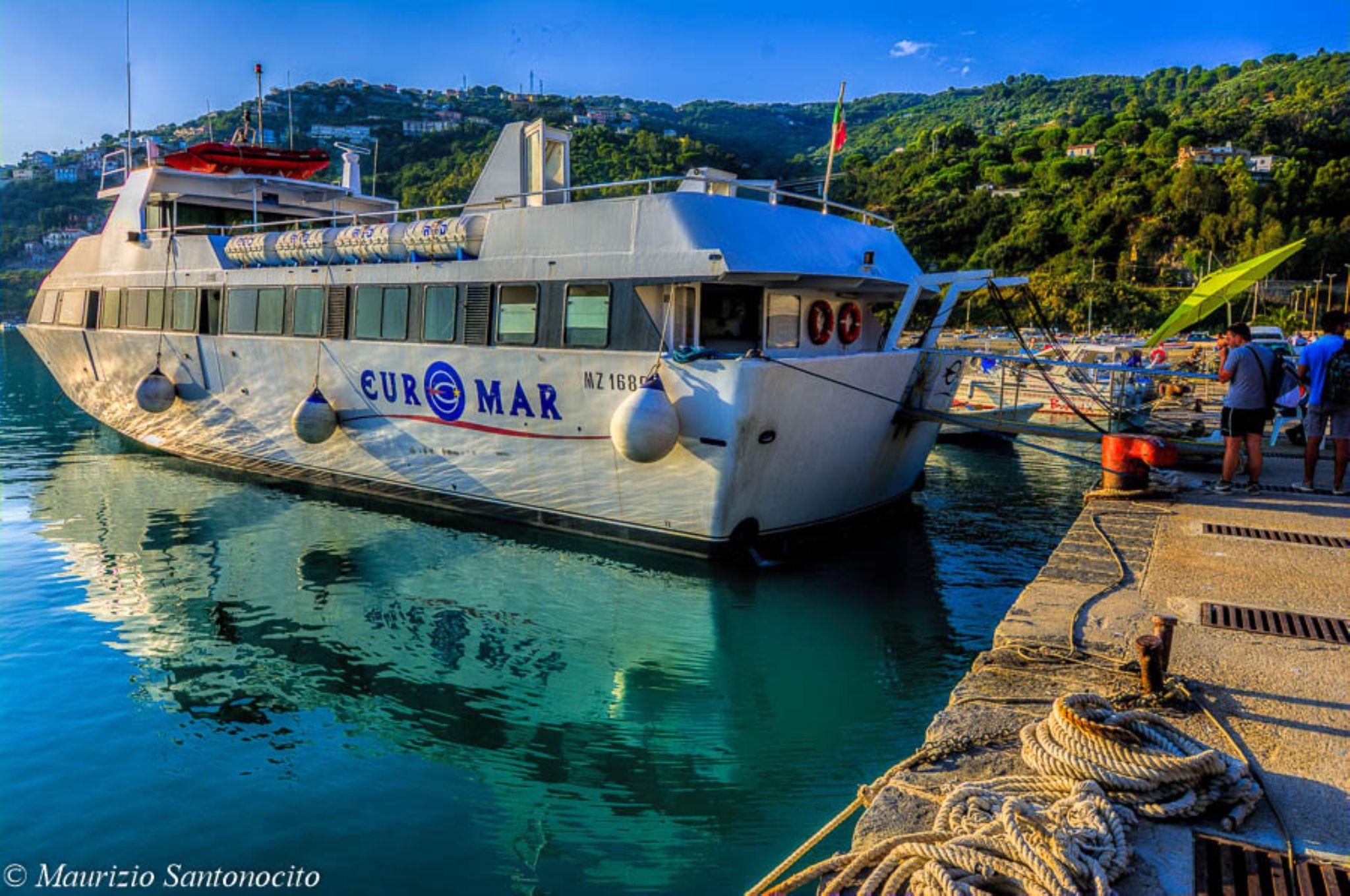Traghetto Isole Eolie by maurizio.santonocito