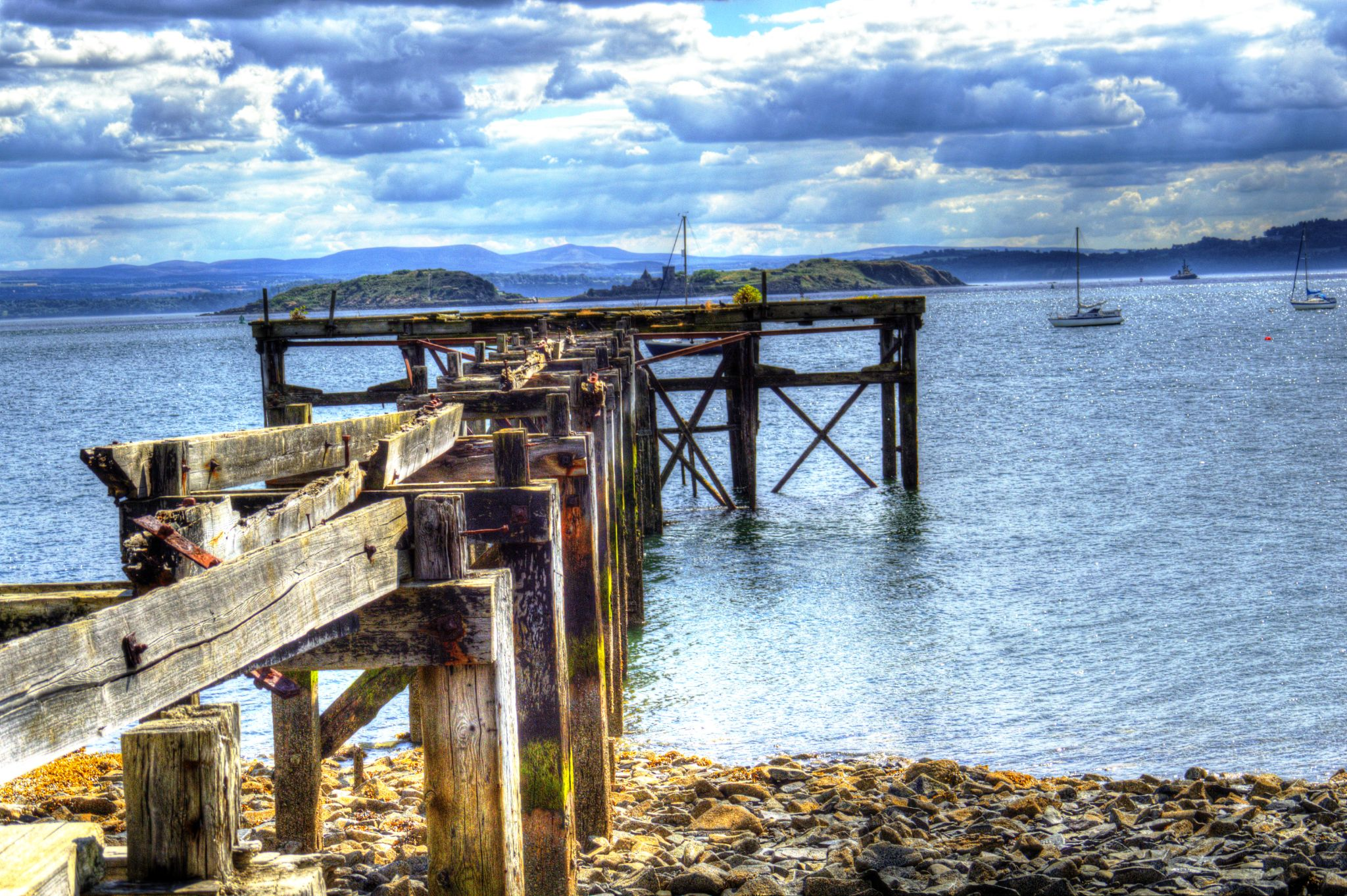 Pier at Aberdour looking out to River Forth, Fife by Rob