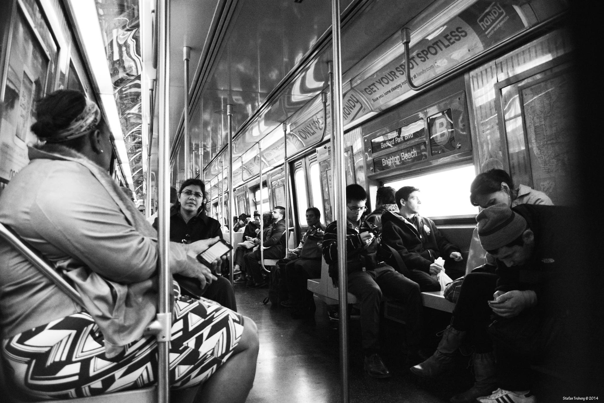 B-Train in Brooklyn there people relax by Stefan Troberg