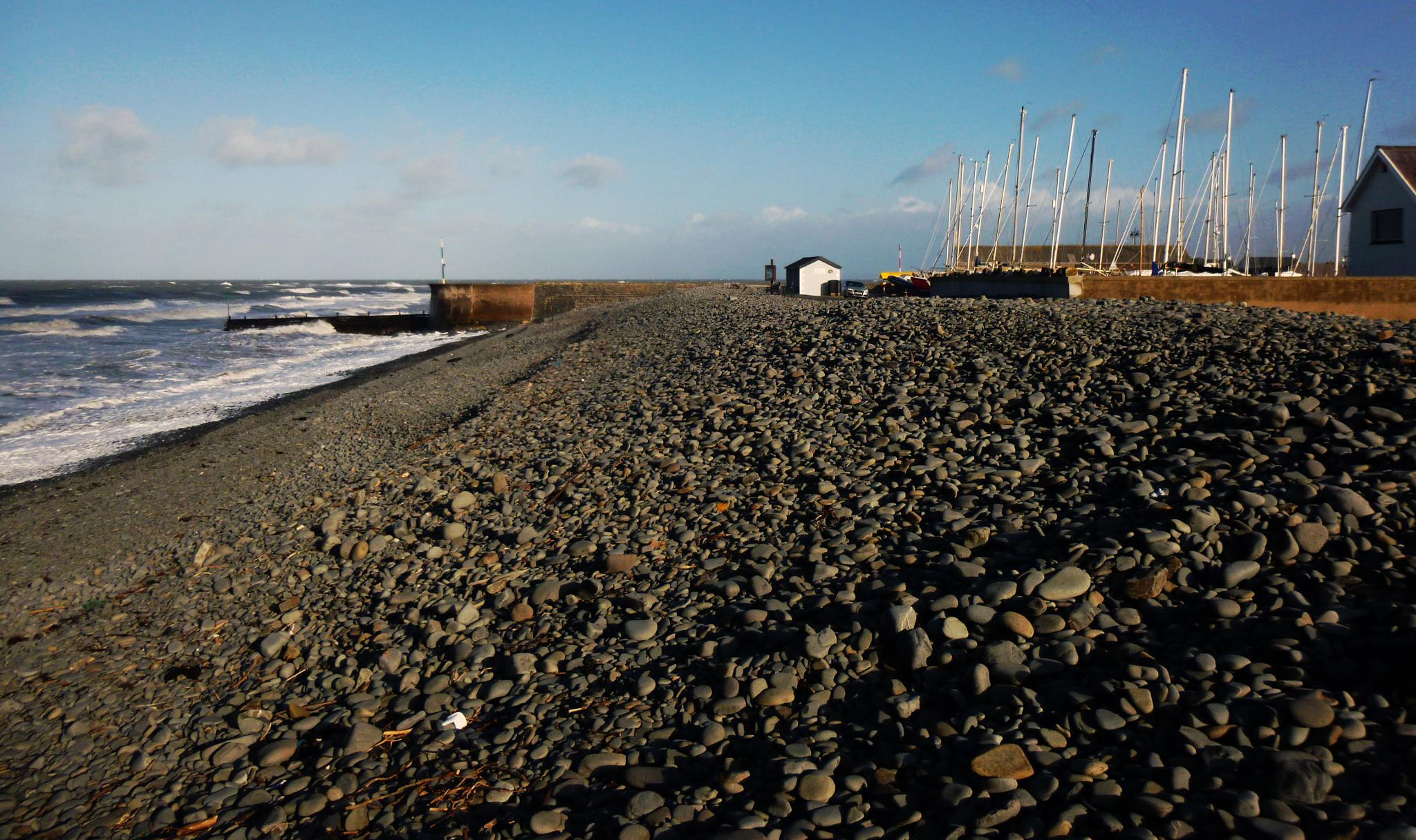 aberaeron south beach by chris.adams.3557