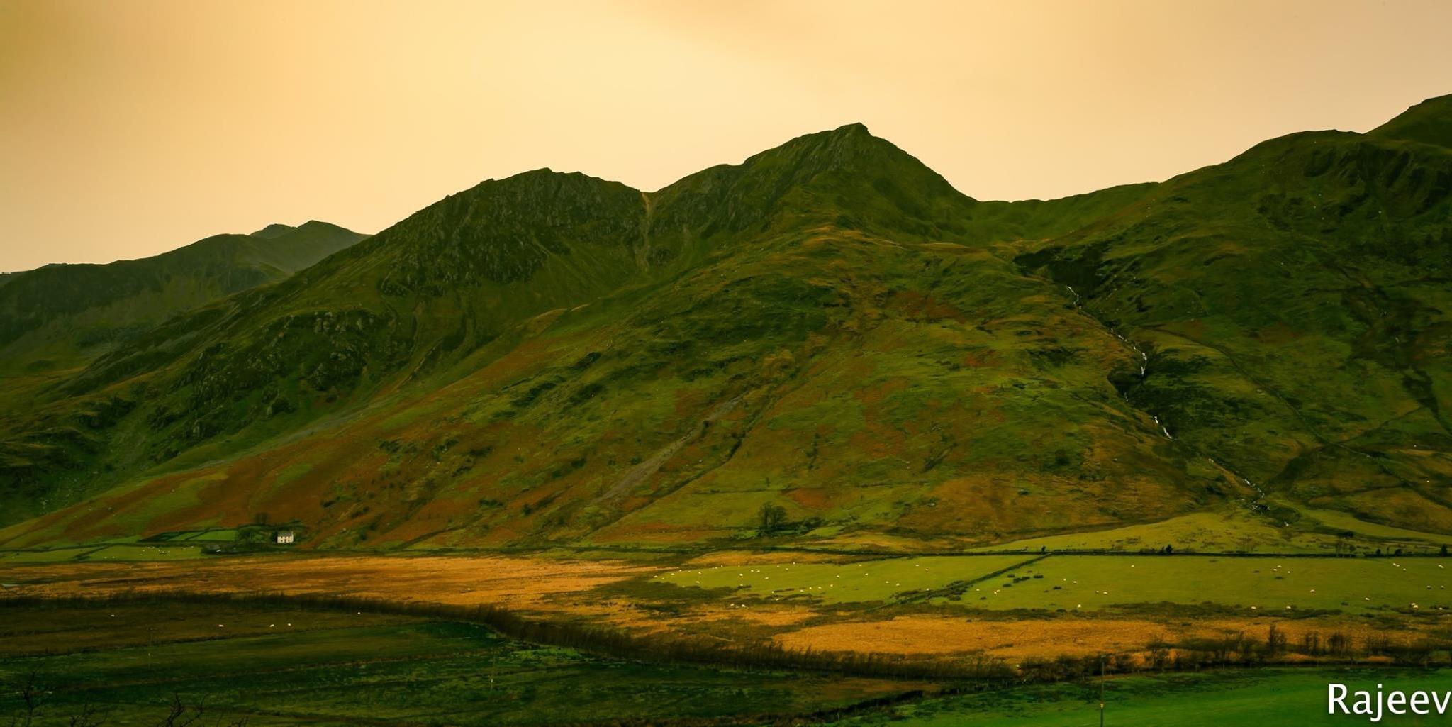 Snowdonia by rajeevpeeka