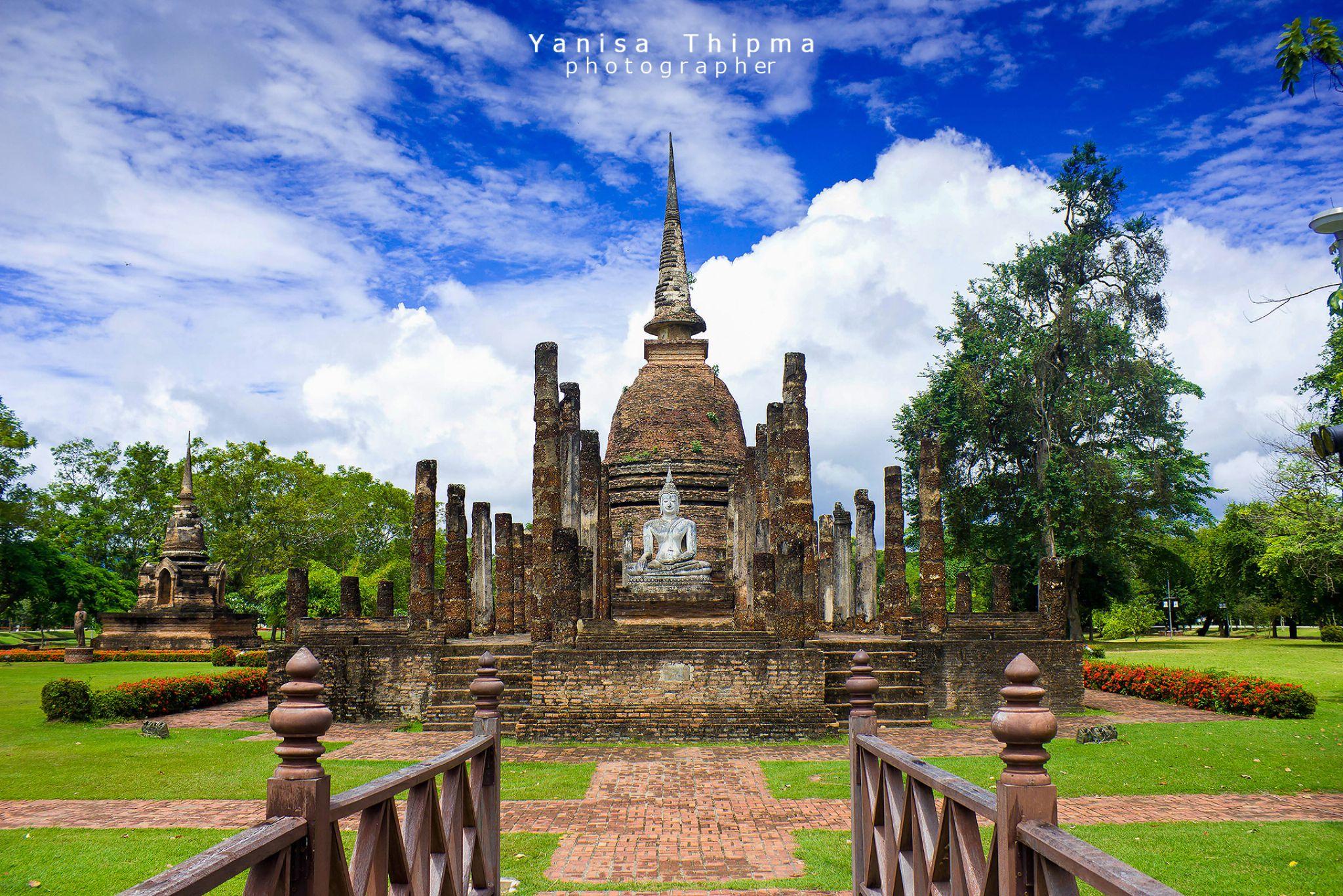 Sukhothai Historical Park by YanisaPhotographer