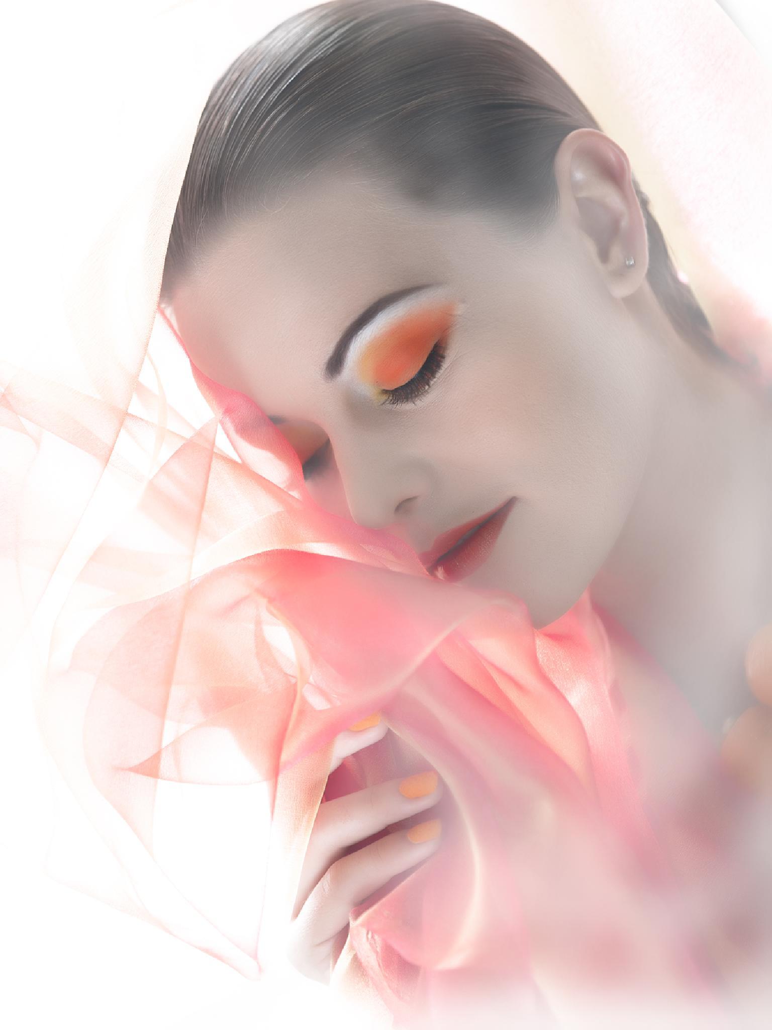 Her Dreams by juliustsantos