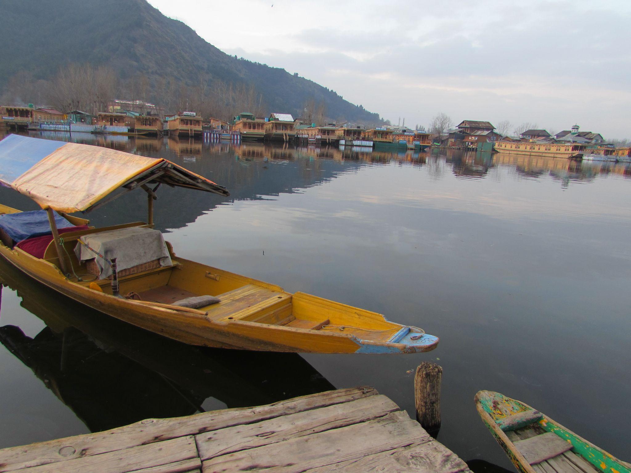 BOAT RIDE by sandyanaparthi