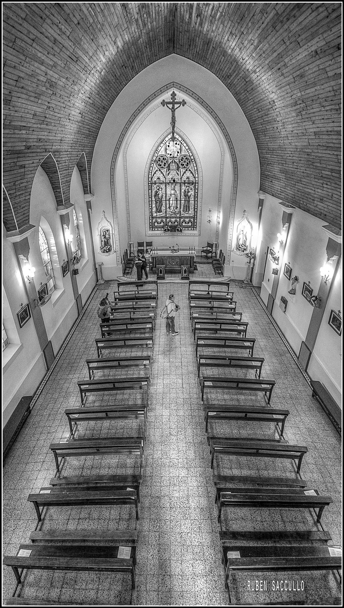Iglesia en Ingeniero Maschwitz by ruben.saccullo