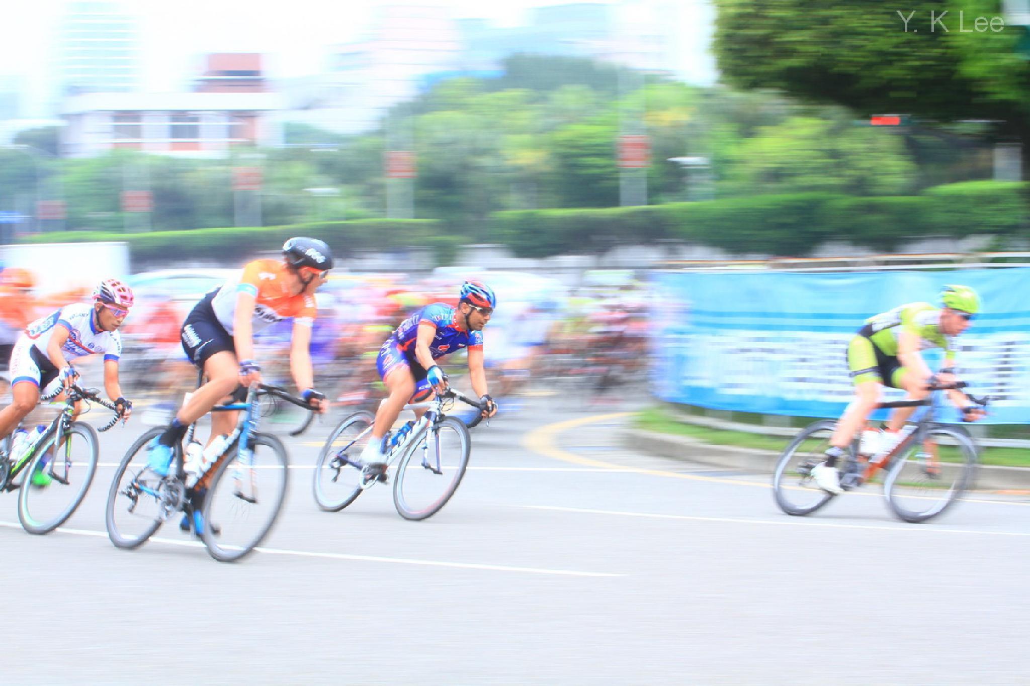 自行車環台賽 by 李葉坤