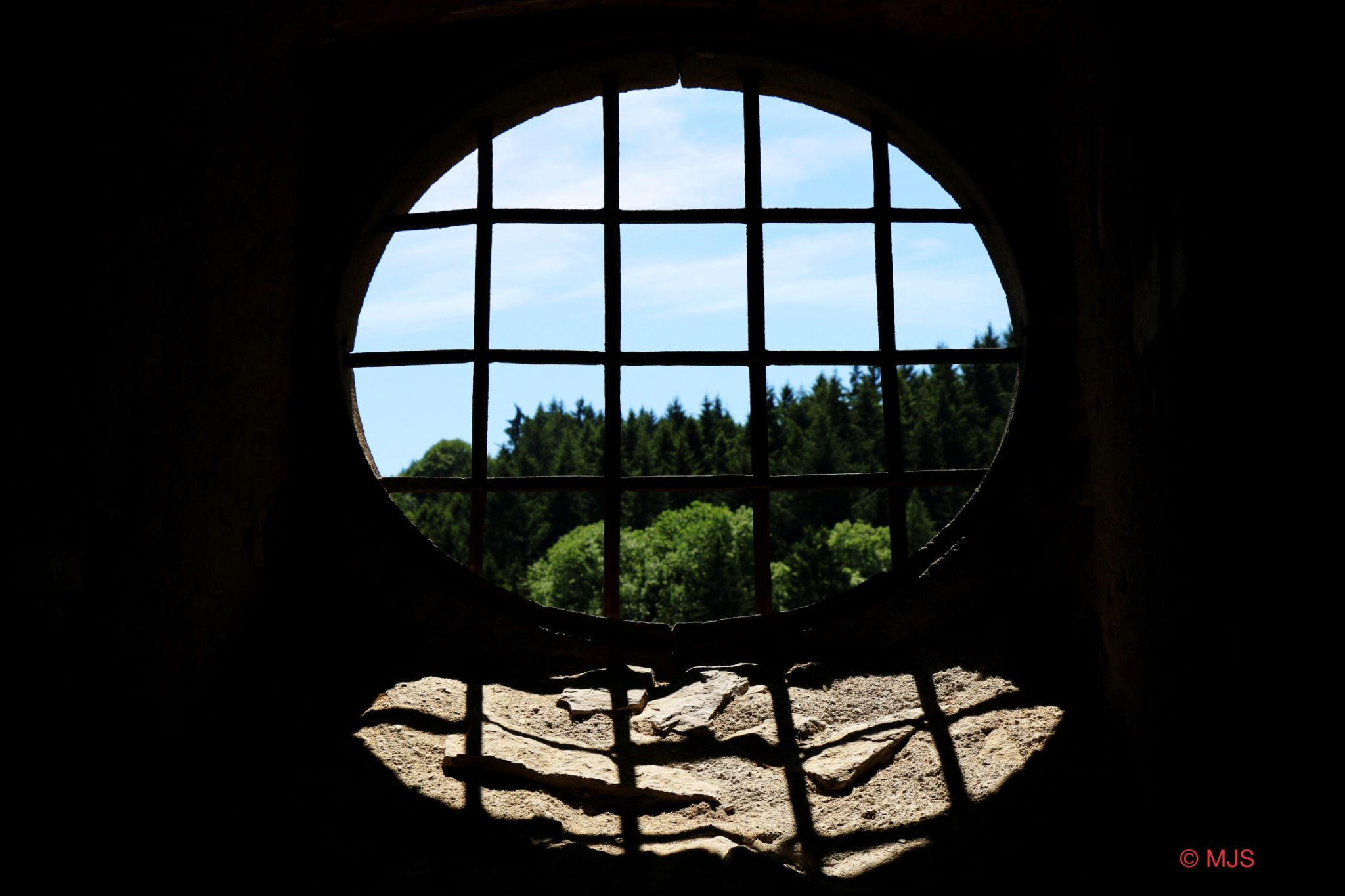 Out or in .....castel by MJSMarcJoern