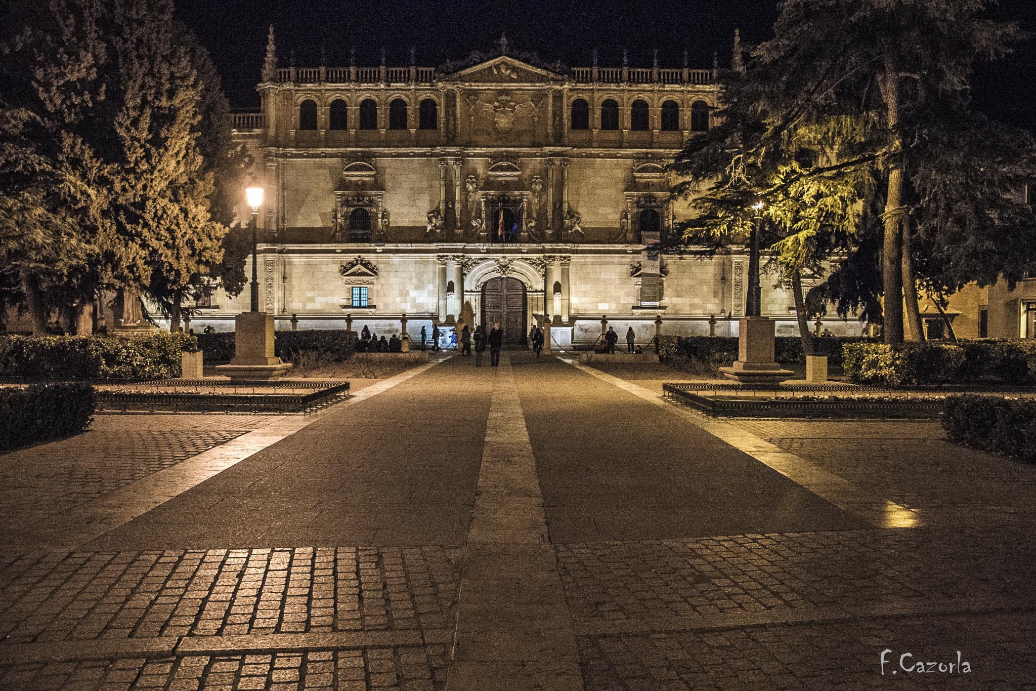 Universidad Cisneriana de Alcalá de Henares by Félix Cazorla