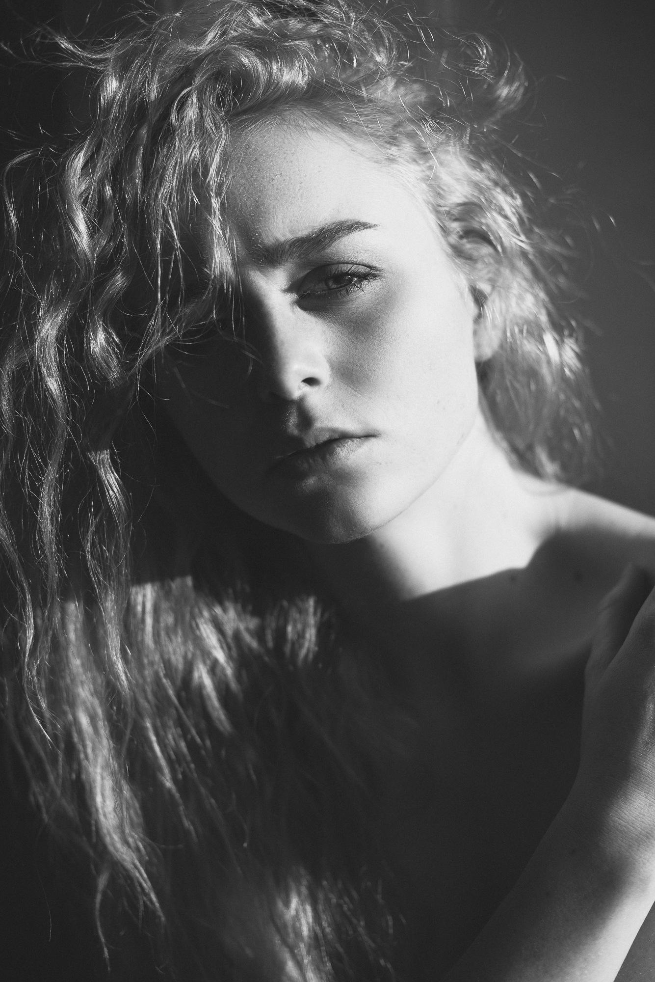 Vera by Thomas Ruppel