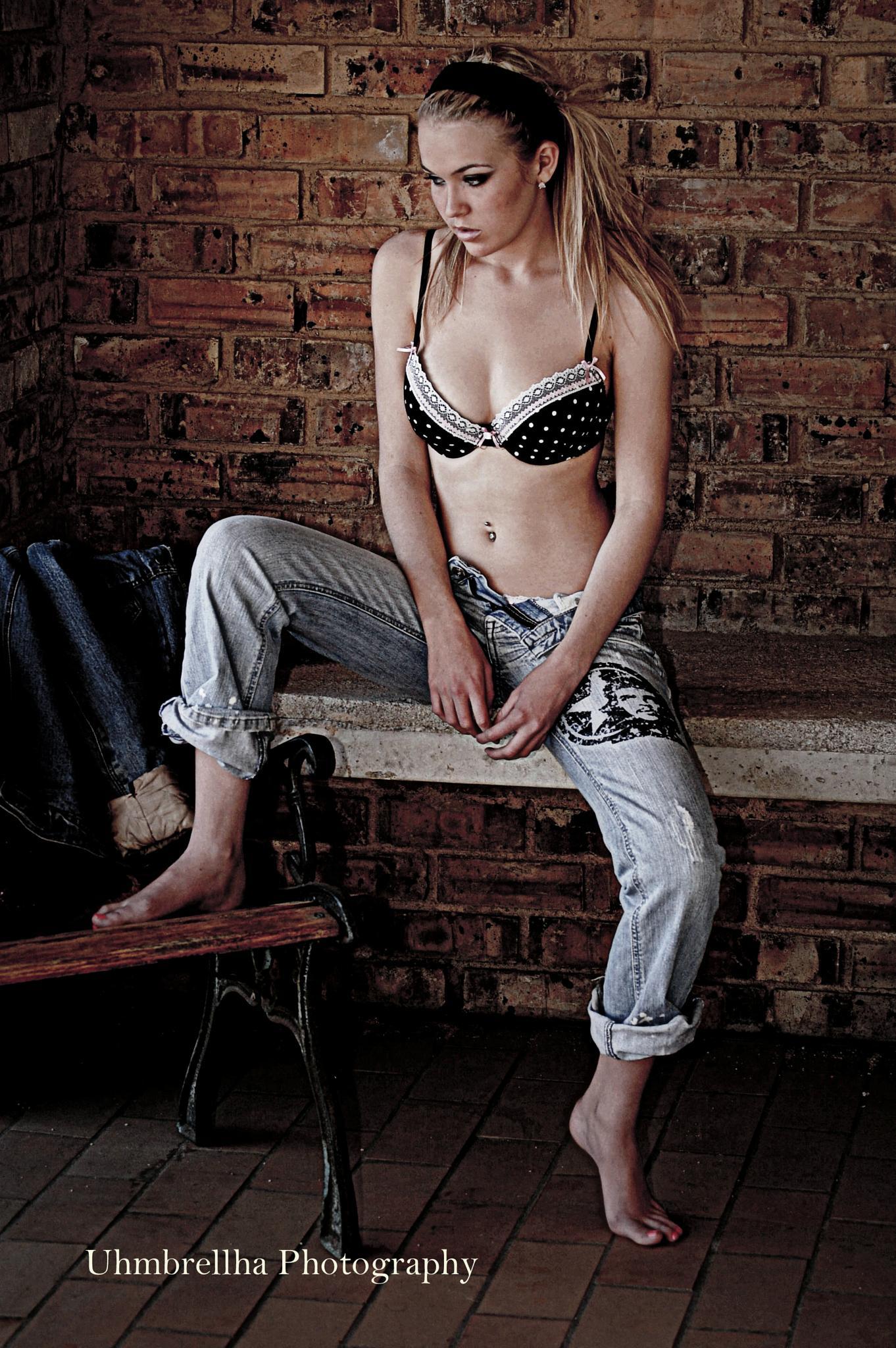 Blonde beauty by smithandredavid