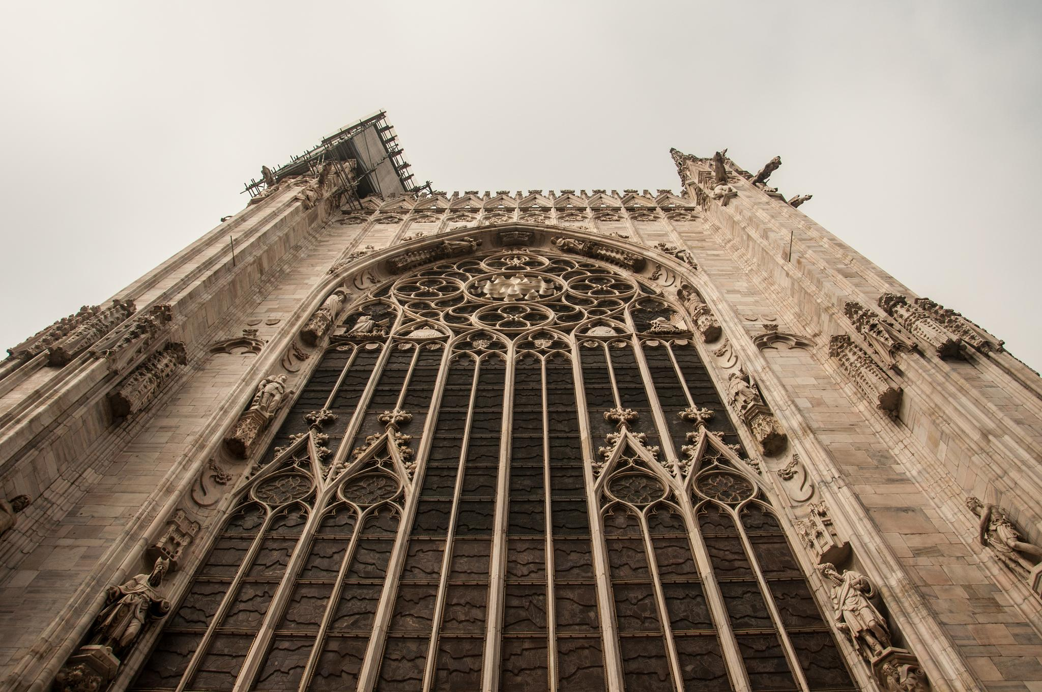 A side of the Duomo by Dimitris Gkoutzamanis