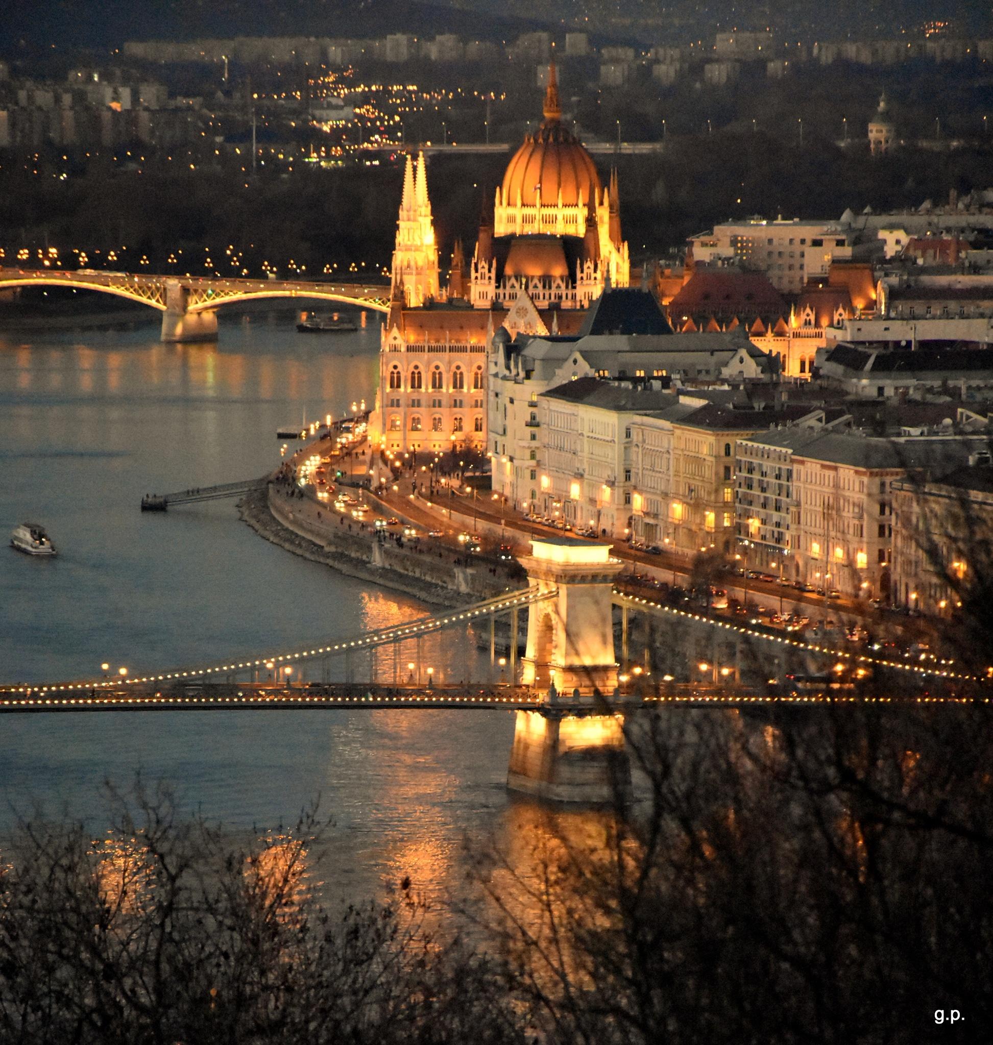 Budapest by george.pittas.58