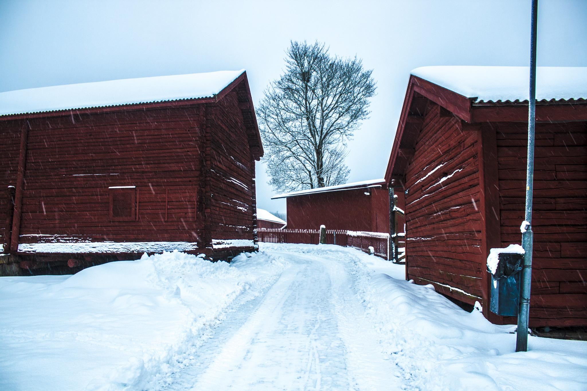 Old house sweden by Sandra Niininen