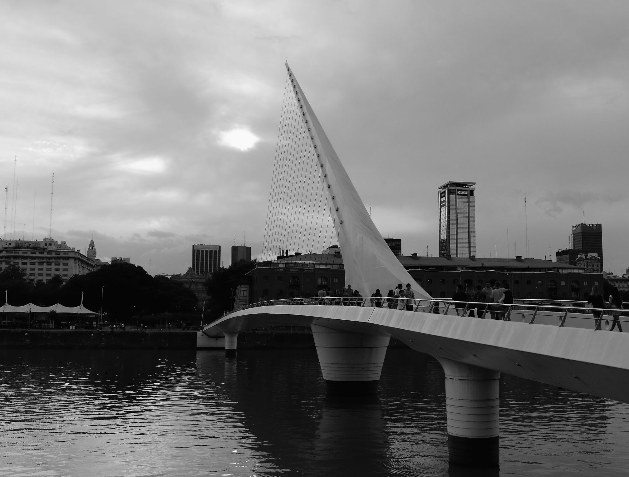 The Bridge of the Woman by pablomorra