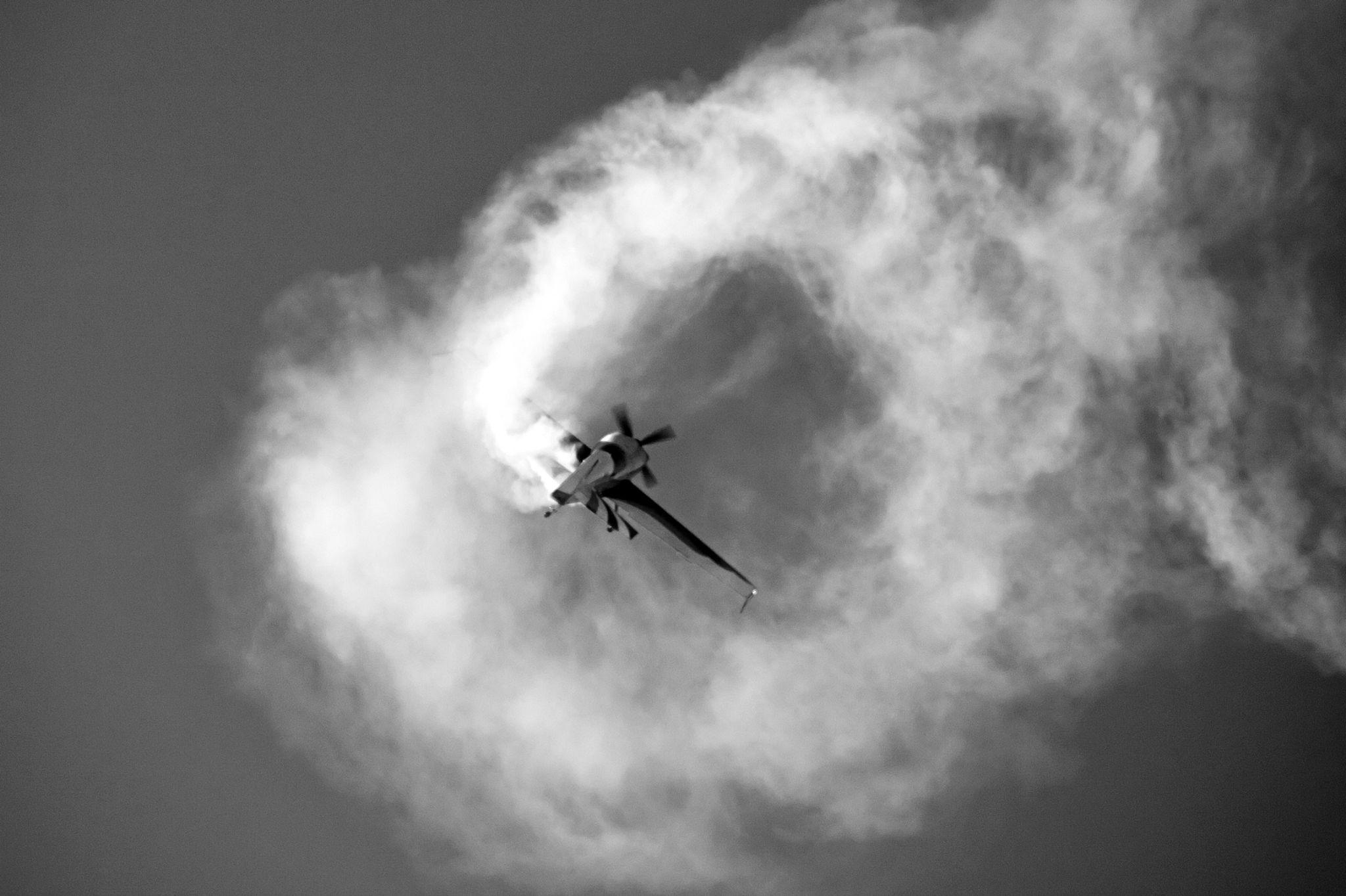 Uçak ( Plane ) by Suleyman Bilgen