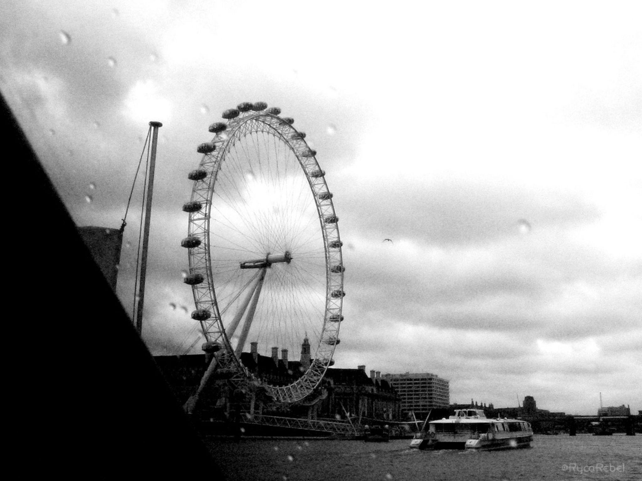 London Eye by FedeRyca